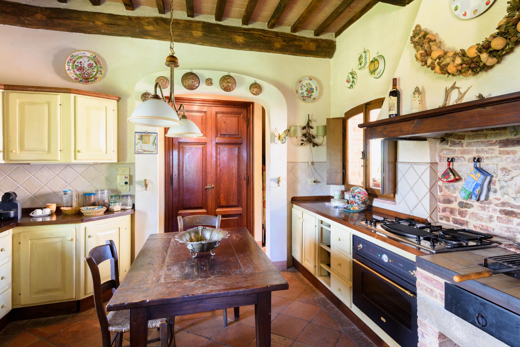 Villa in Vendita a Siena: 5 locali, 1300 mq - Foto 12