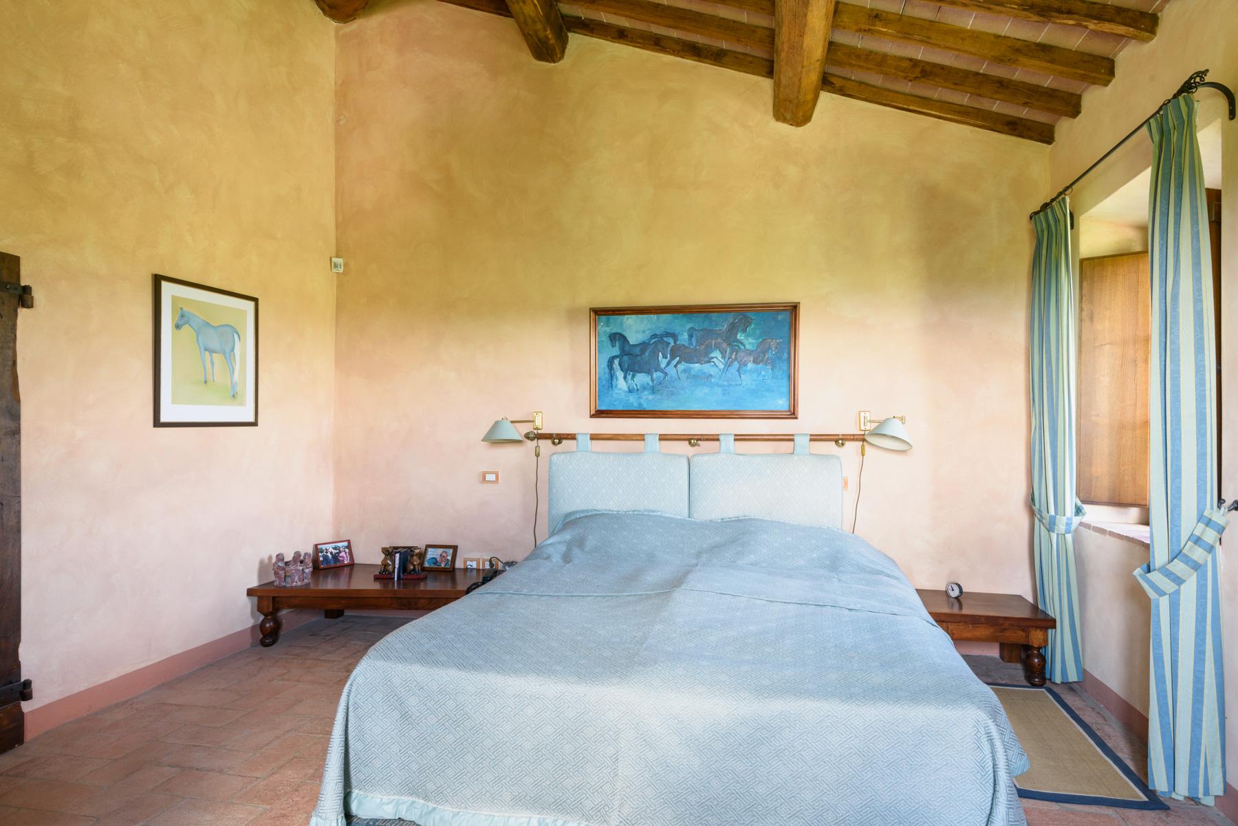 Villa in Vendita a Siena: 5 locali, 1300 mq - Foto 13