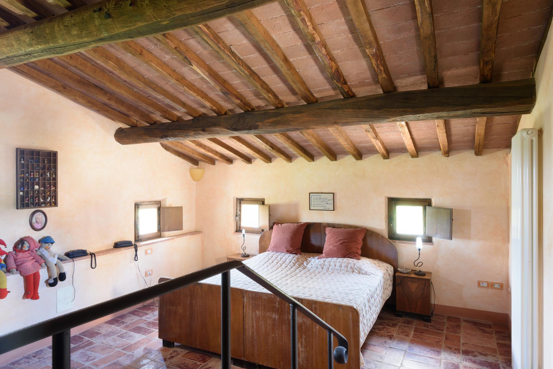 Villa in Vendita a Siena: 5 locali, 1300 mq - Foto 14