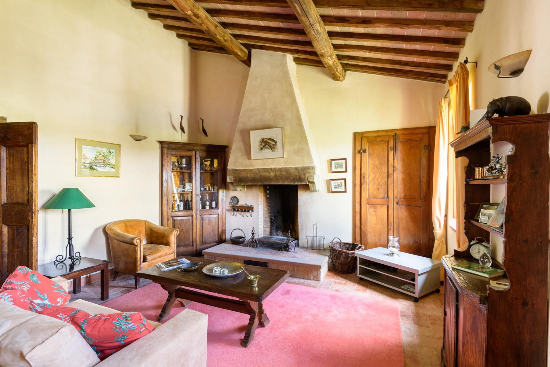 Villa in Vendita a Siena: 5 locali, 1300 mq - Foto 9