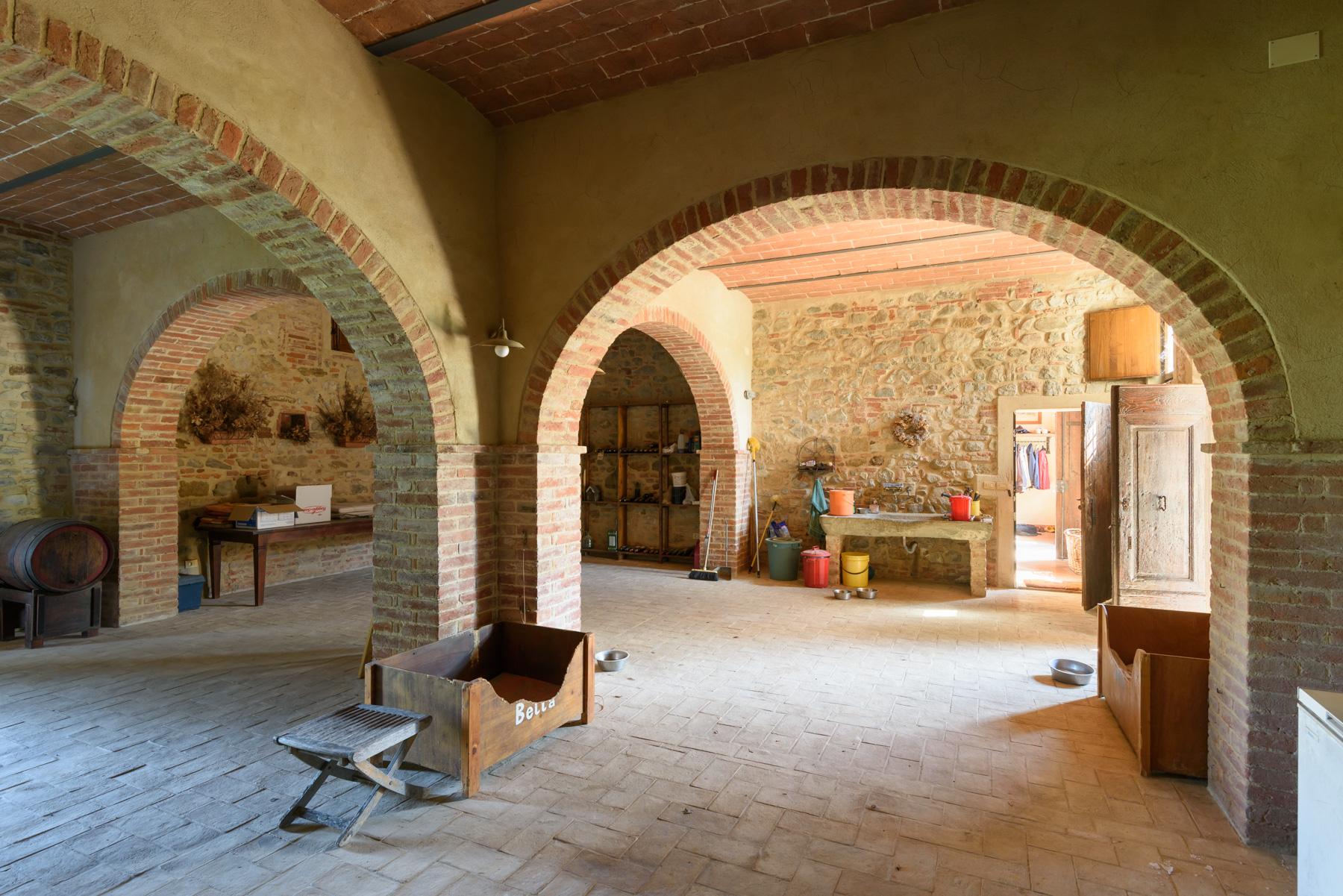 Villa in Vendita a Siena: 5 locali, 1300 mq - Foto 26