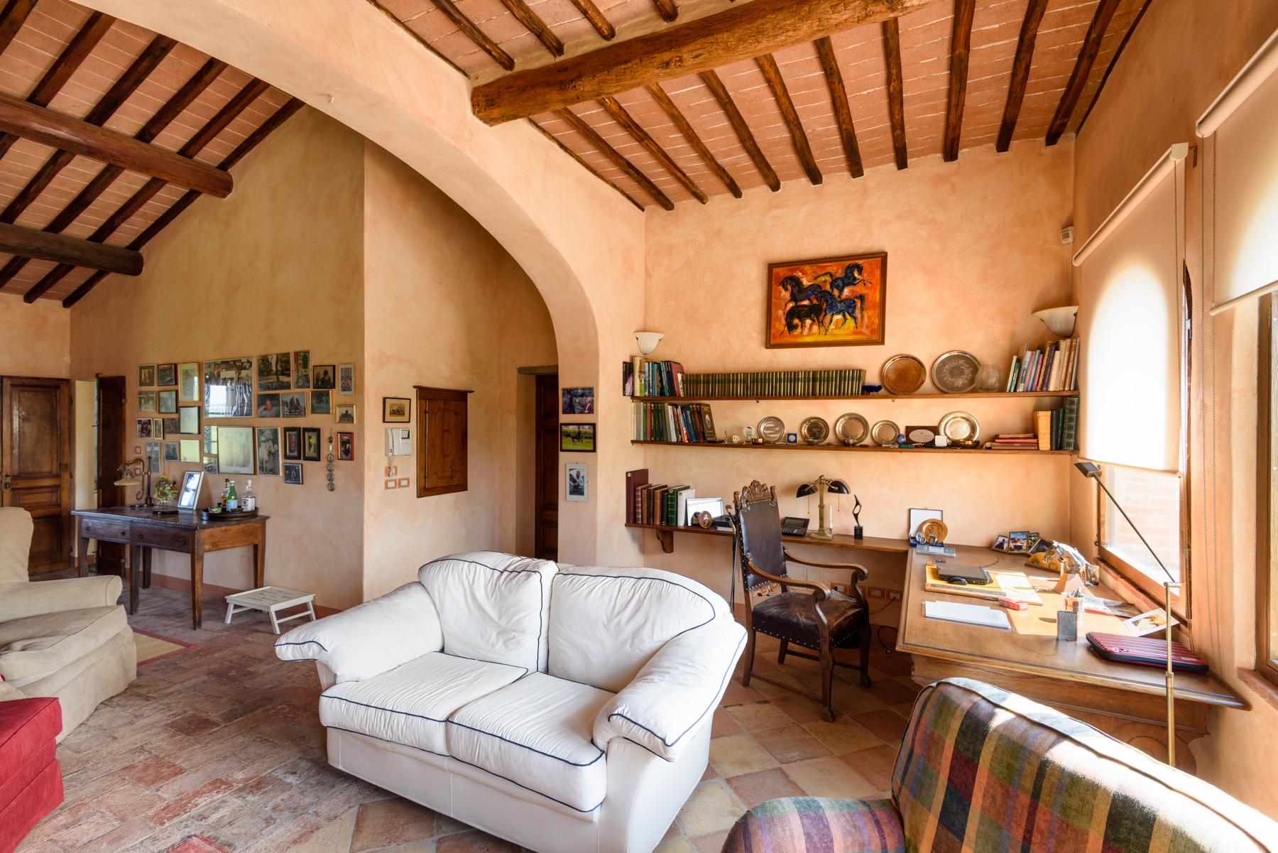 Villa in Vendita a Siena: 5 locali, 1300 mq - Foto 11