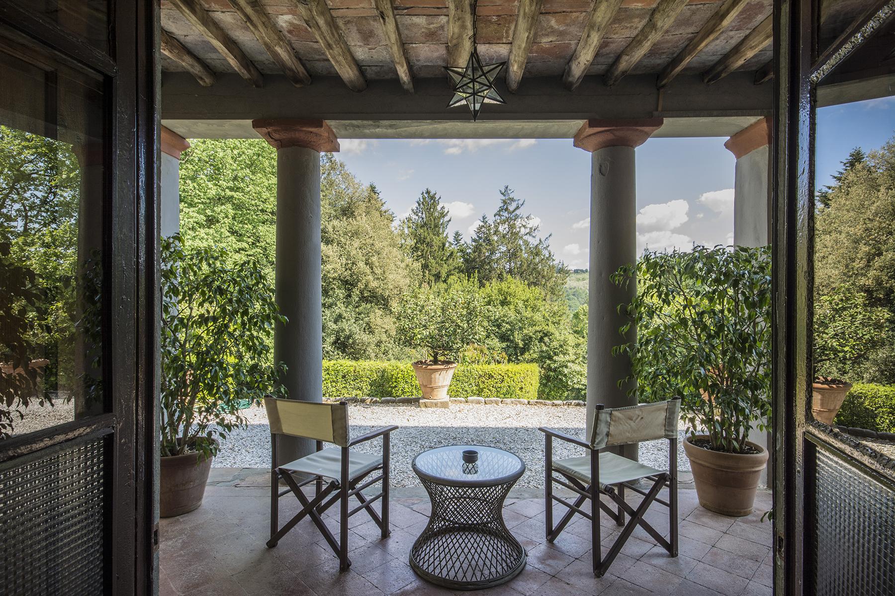 Villa in Vendita a Pescaglia: 5 locali, 2320 mq