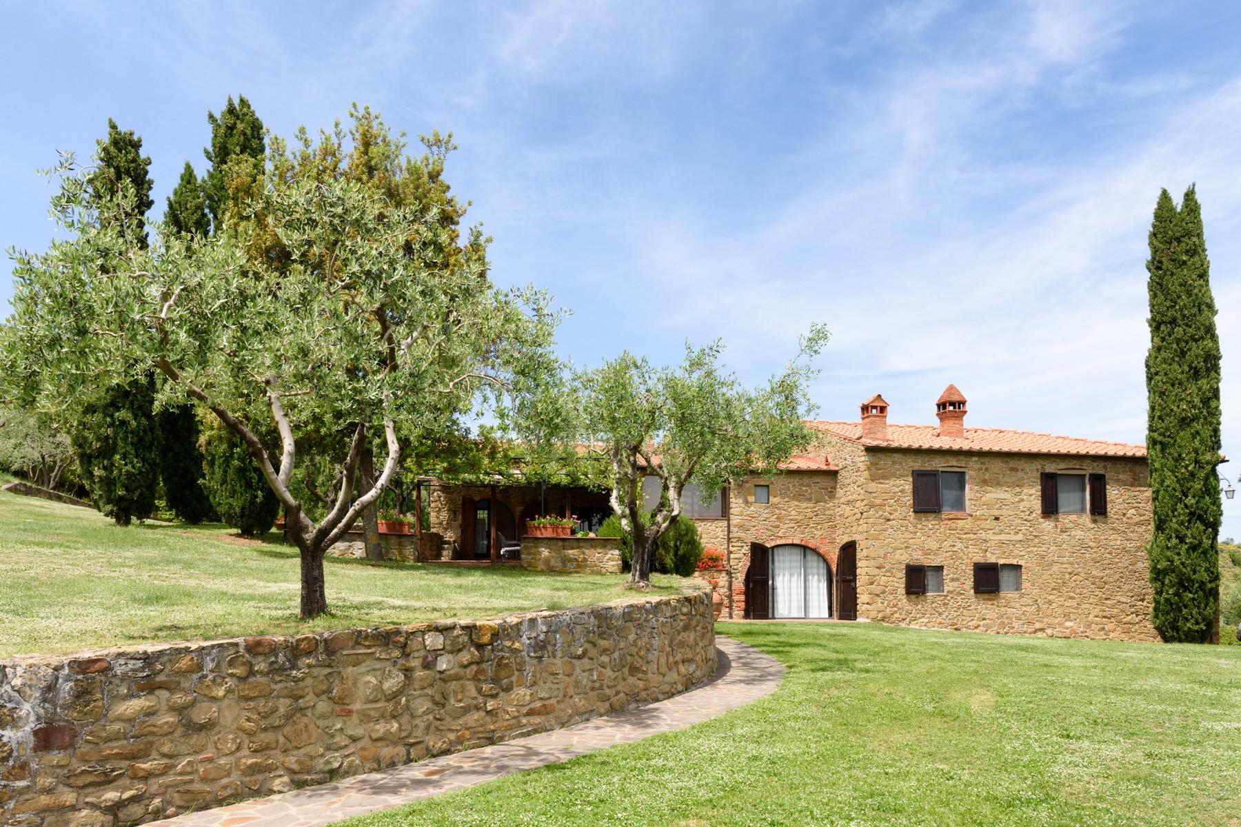 Villa in Vendita a Pergine Valdarno: 5 locali, 600 mq - Foto 2