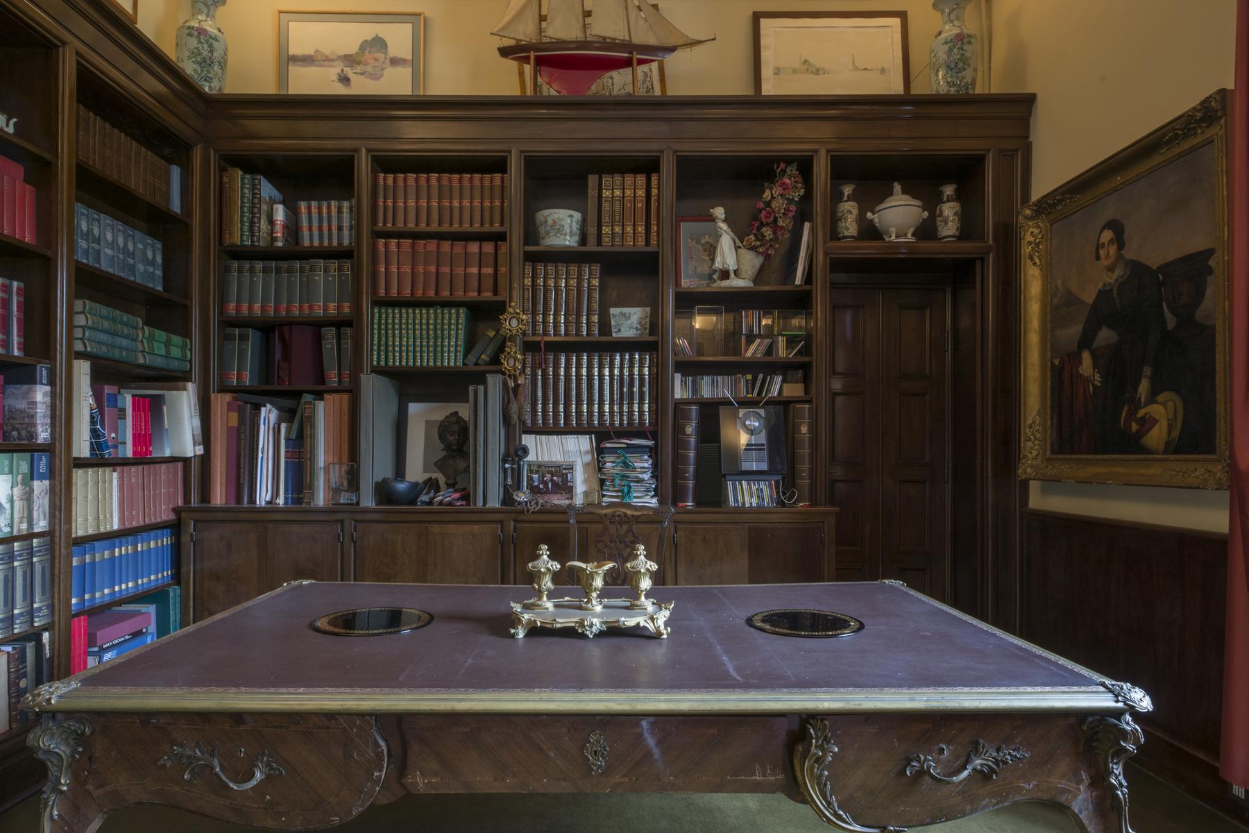 Villa in Vendita a Lucca: 5 locali, 2451 mq - Foto 6
