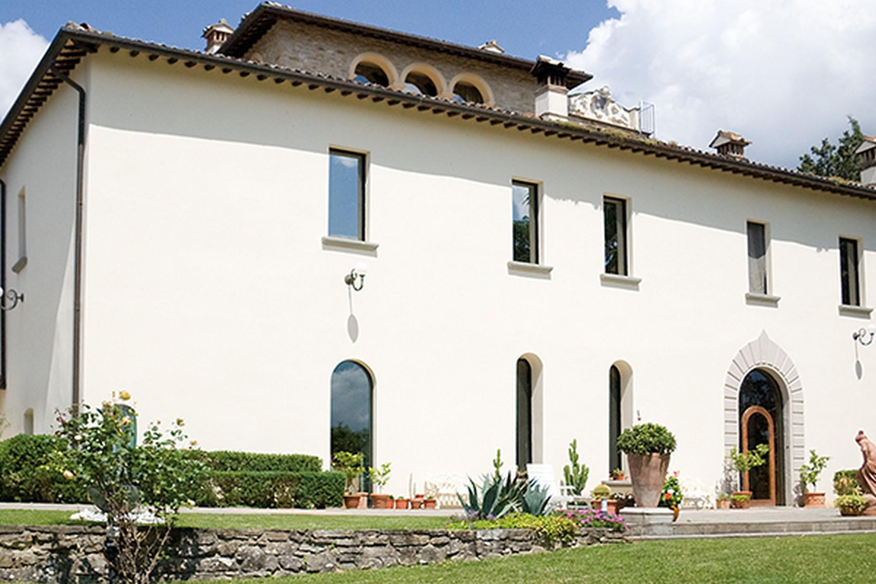 Villa in Vendita a Citta' Di Castello: 5 locali, 830 mq - Foto 2