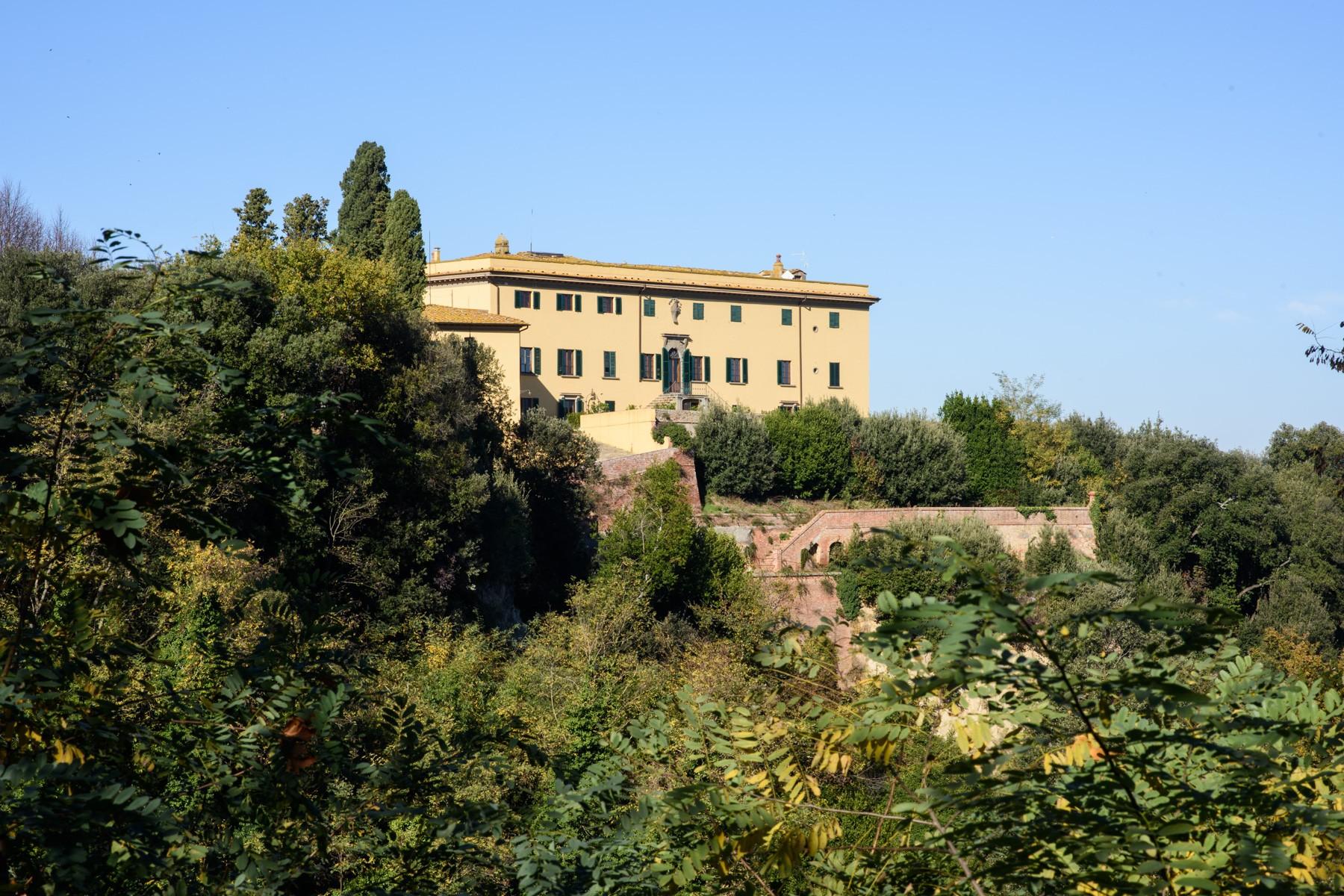 Villa in Vendita a Montaione: 5 locali, 15655 mq - Foto 2