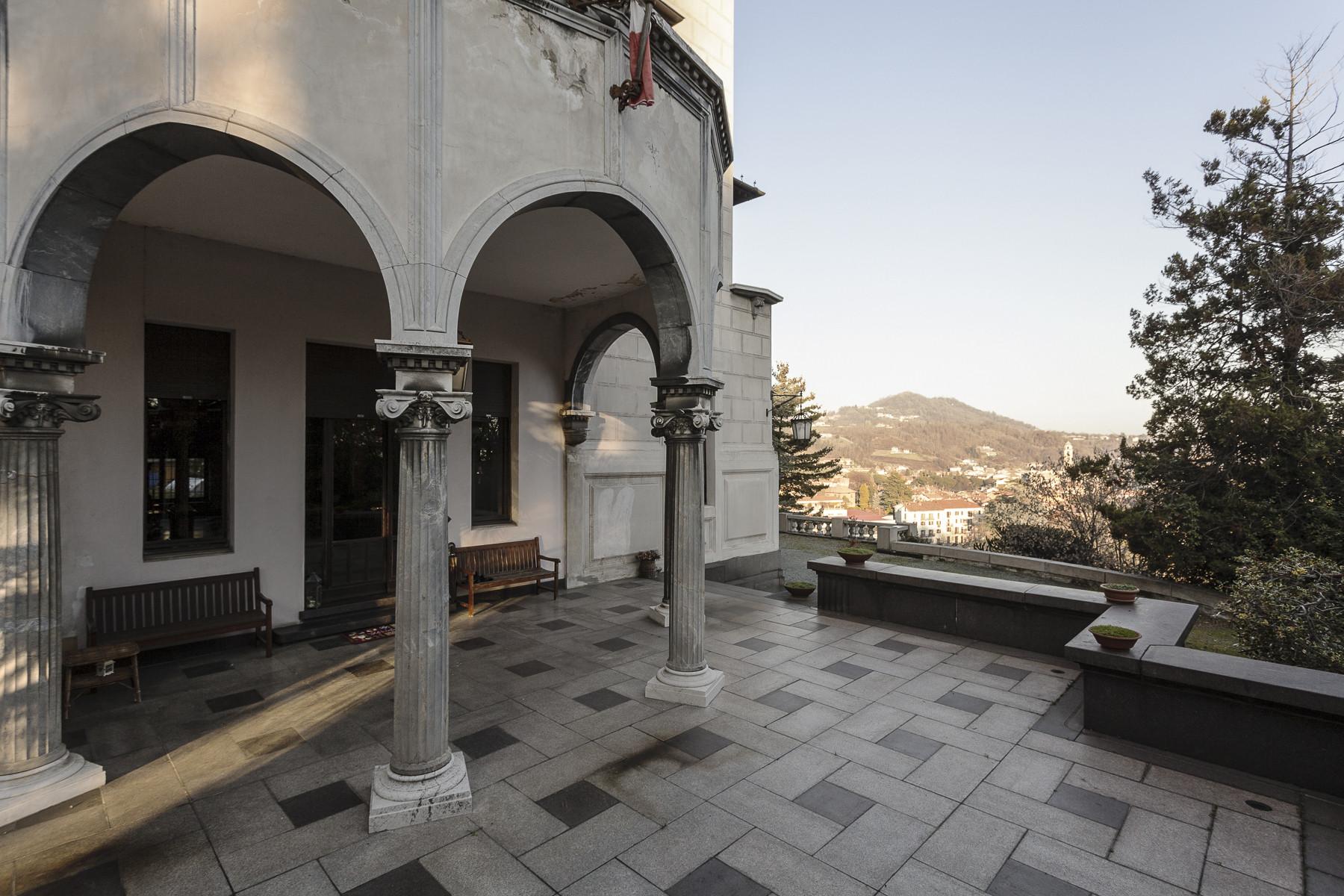 Villa in Vendita a Biella: 5 locali, 1800 mq - Foto 8
