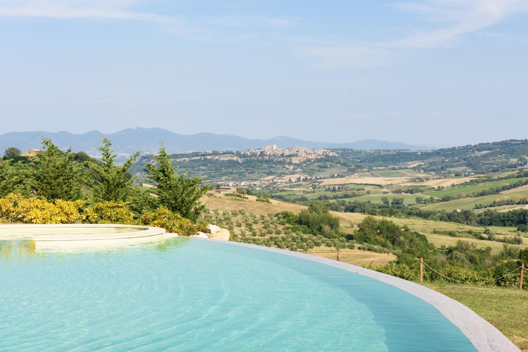 Casa indipendente in Vendita a Castel Viscardo: 5 locali, 700 mq