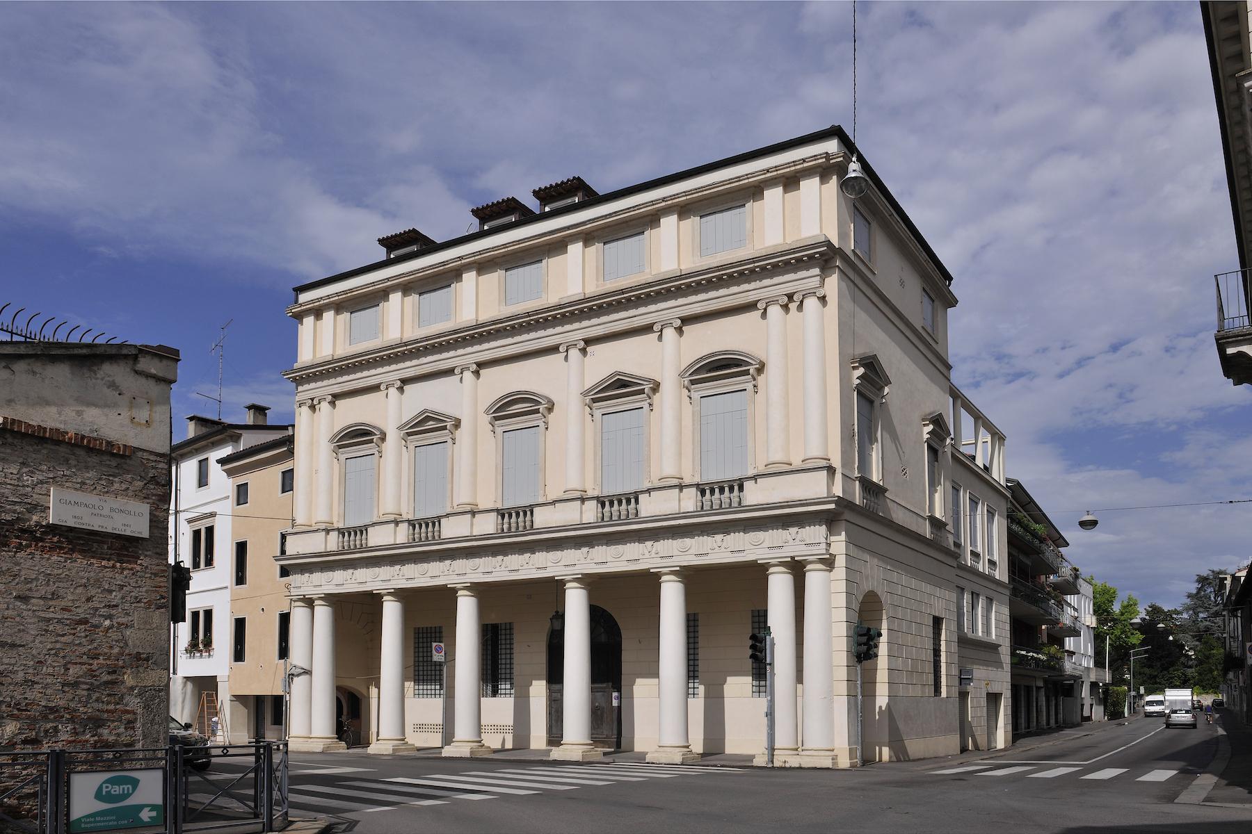 Palazzo in Vendita a Vicenza Centro: 5 locali, 1000 mq