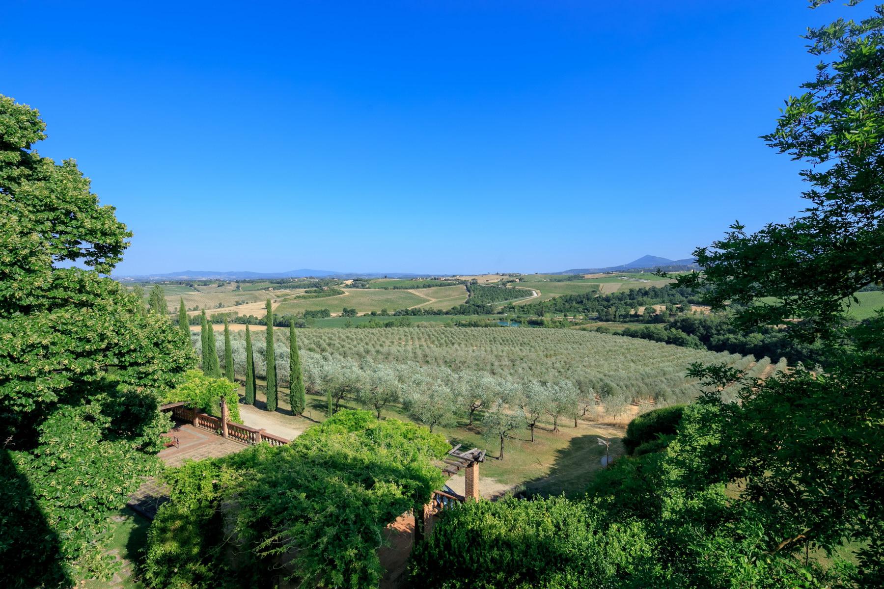 Villa in Vendita a Montepulciano: 5 locali, 2830 mq - Foto 9