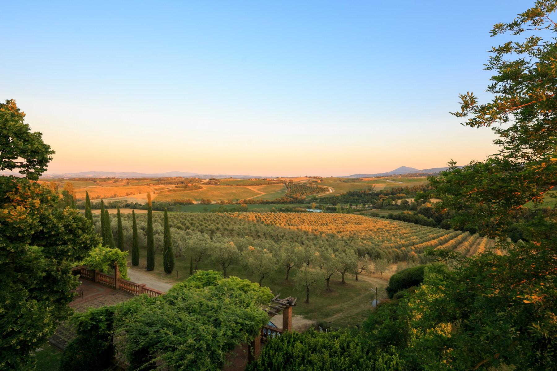 Villa in Vendita a Montepulciano: 5 locali, 2830 mq - Foto 10