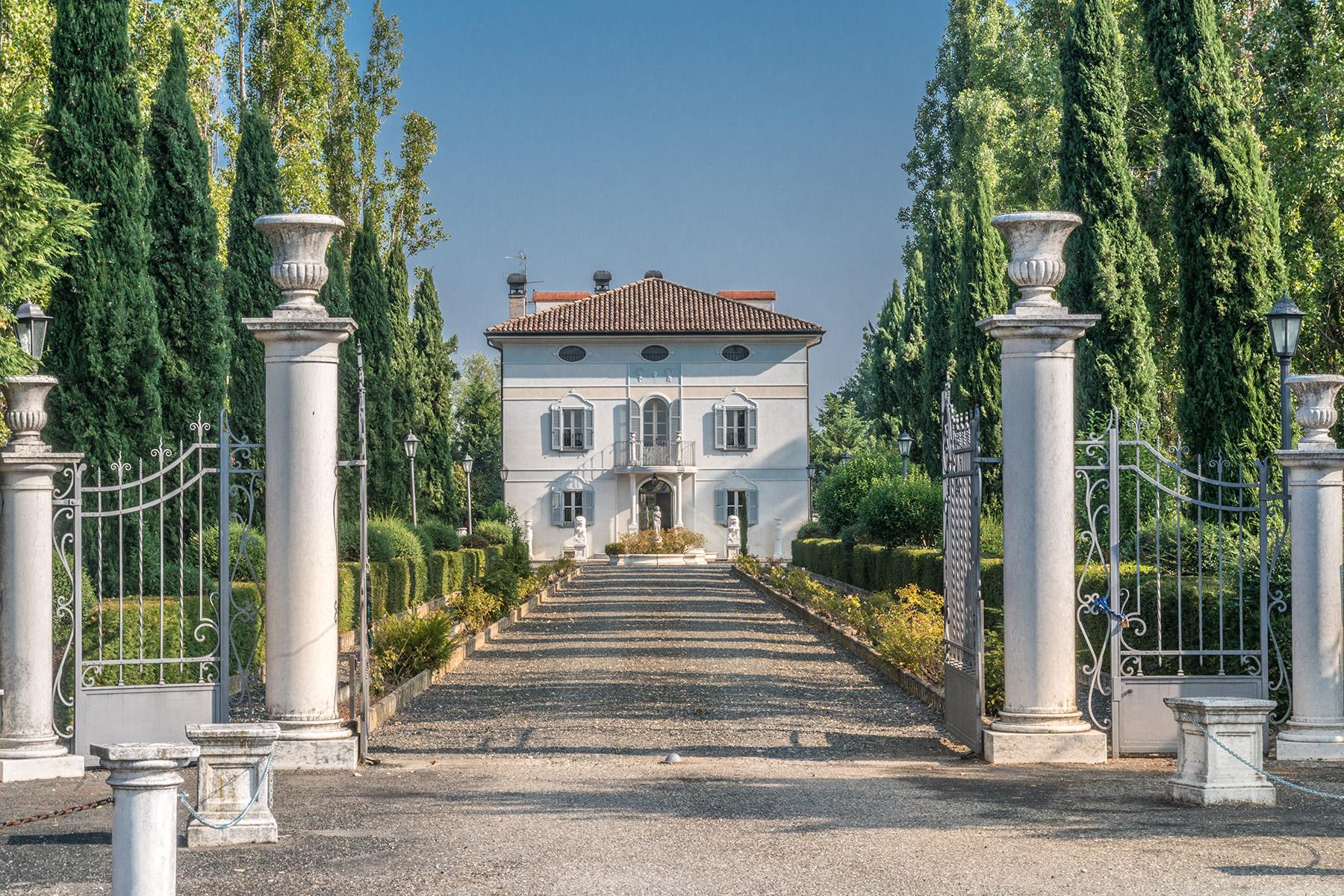 Villa in Vendita a Gattatico via massimo tonelli