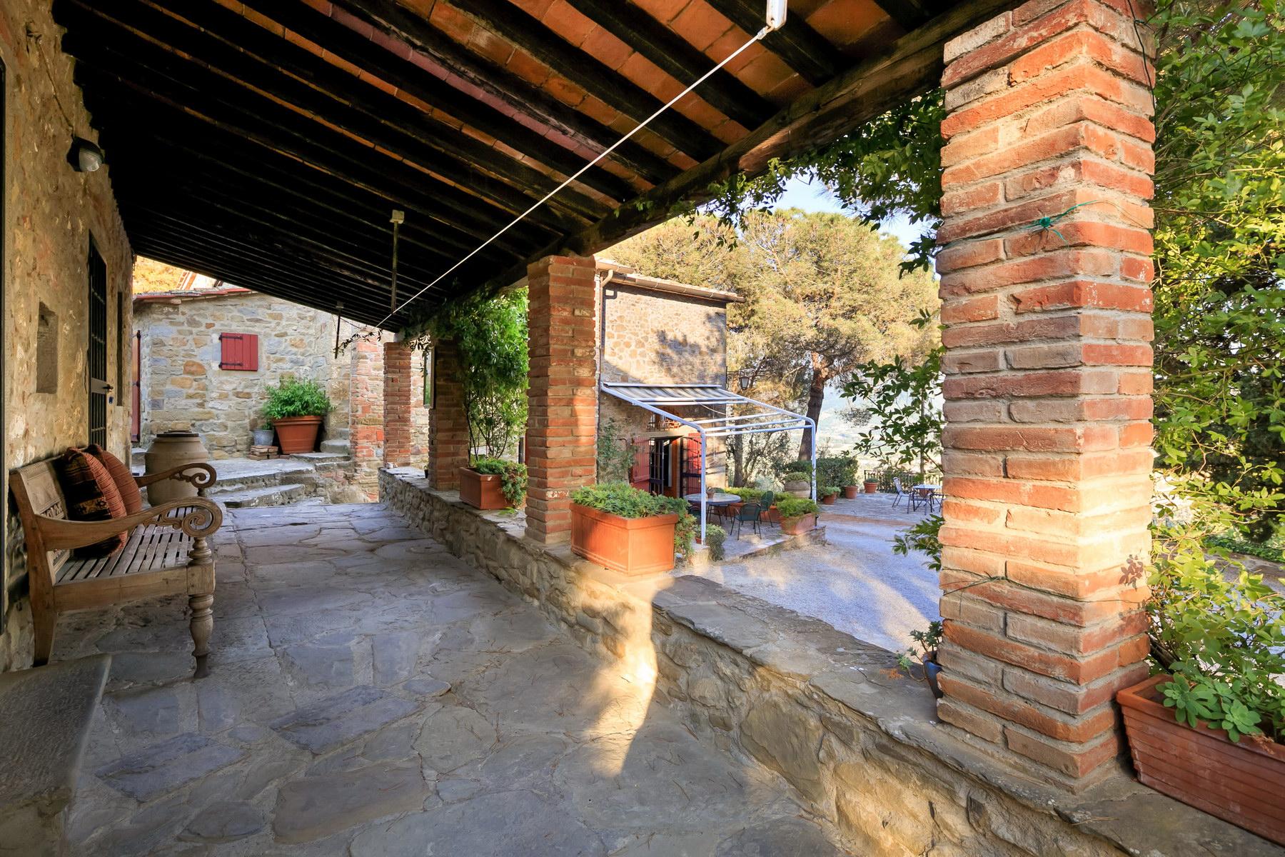 Villa in Vendita a Castiglion Fiorentino: 5 locali, 350 mq - Foto 3