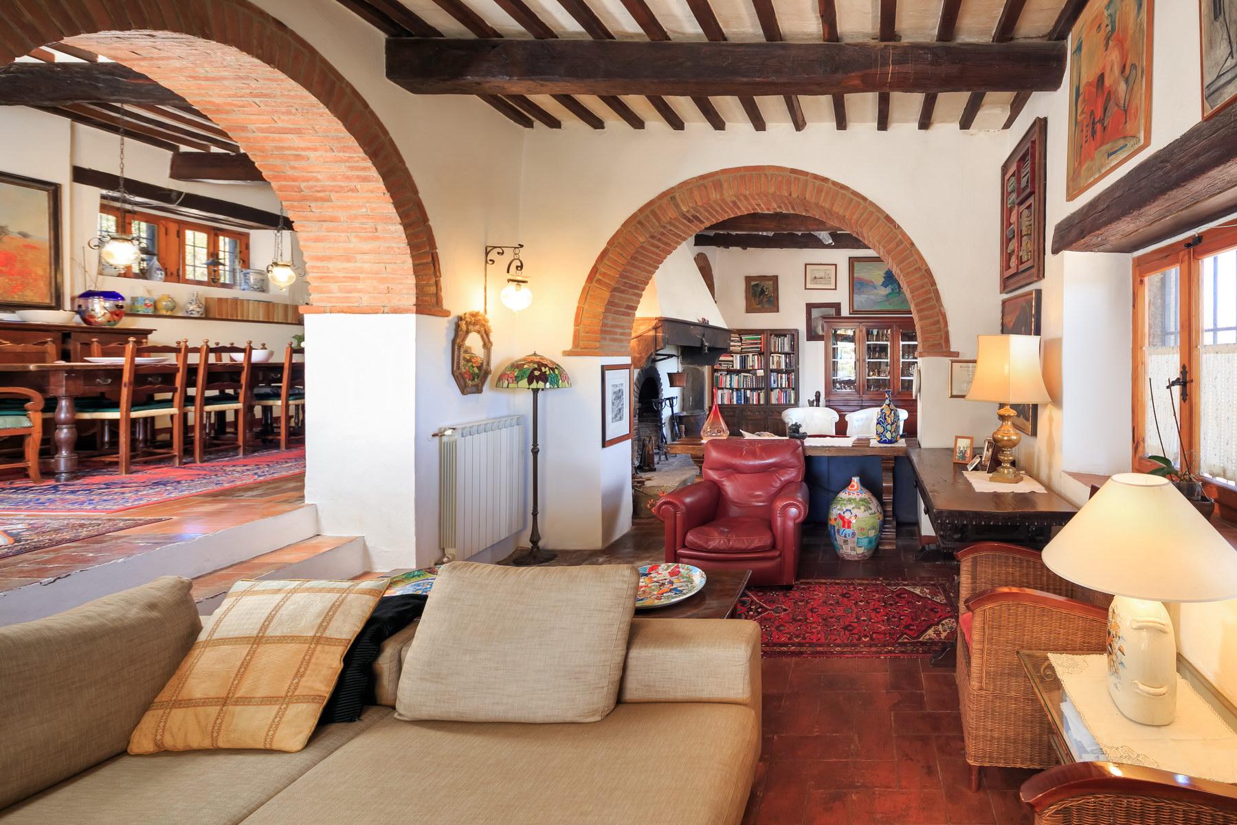 Villa in Vendita a Castiglion Fiorentino: 5 locali, 350 mq - Foto 6