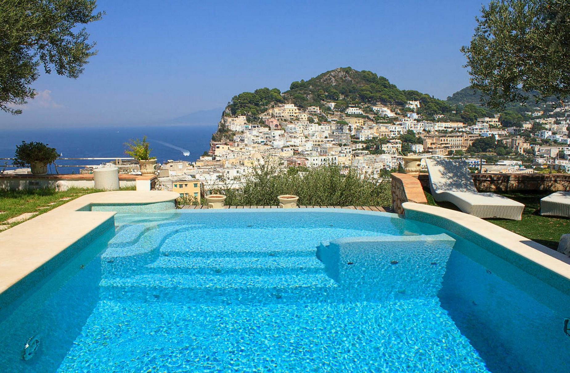 Villa in Vendita a Capri: 5 locali, 150 mq - Foto 1