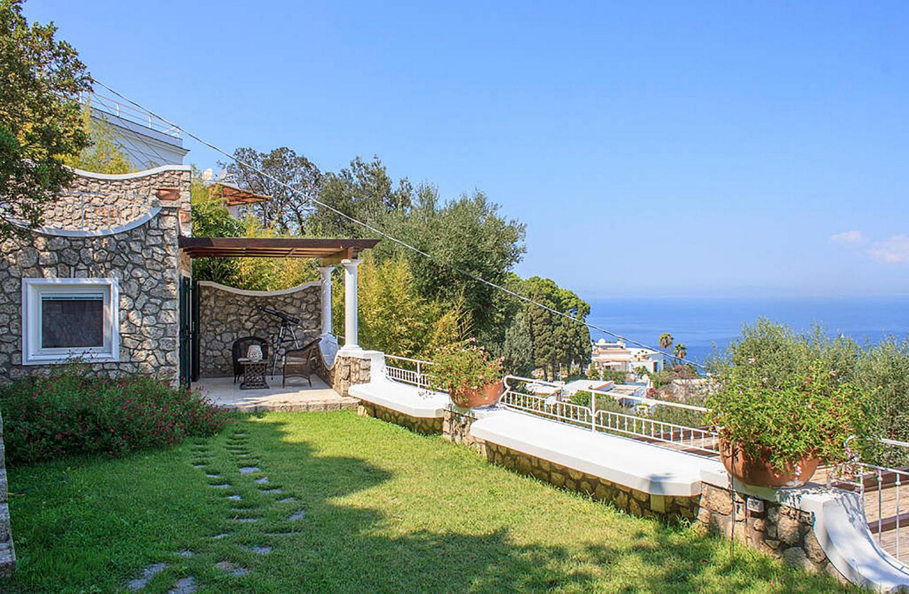 Villa in Vendita a Capri: 5 locali, 150 mq - Foto 4