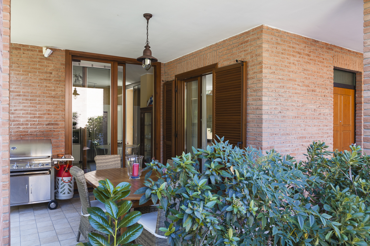 Villa in Vendita a Rivoli: 5 locali, 350 mq - Foto 2