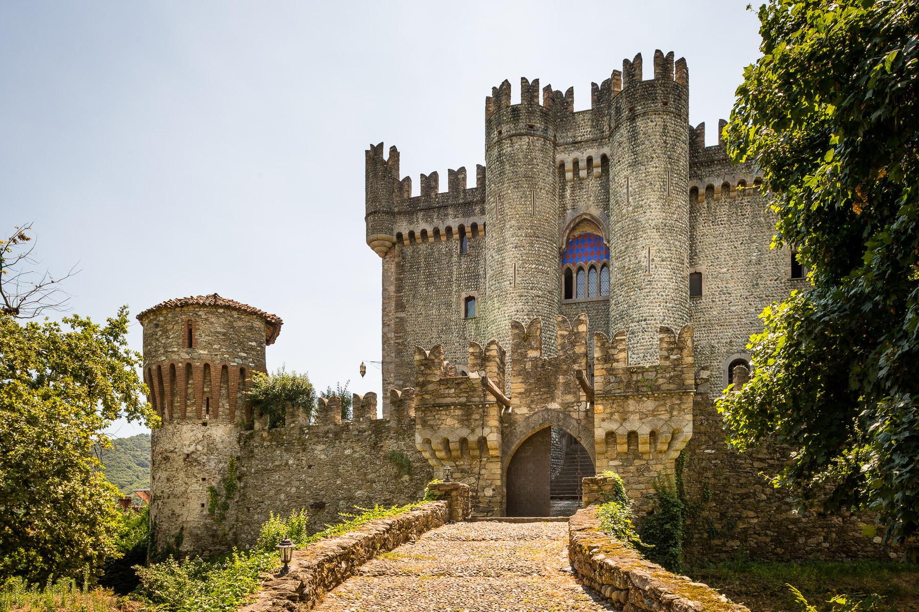 Villa in Vendita a Castellar: 5 locali, 1200 mq