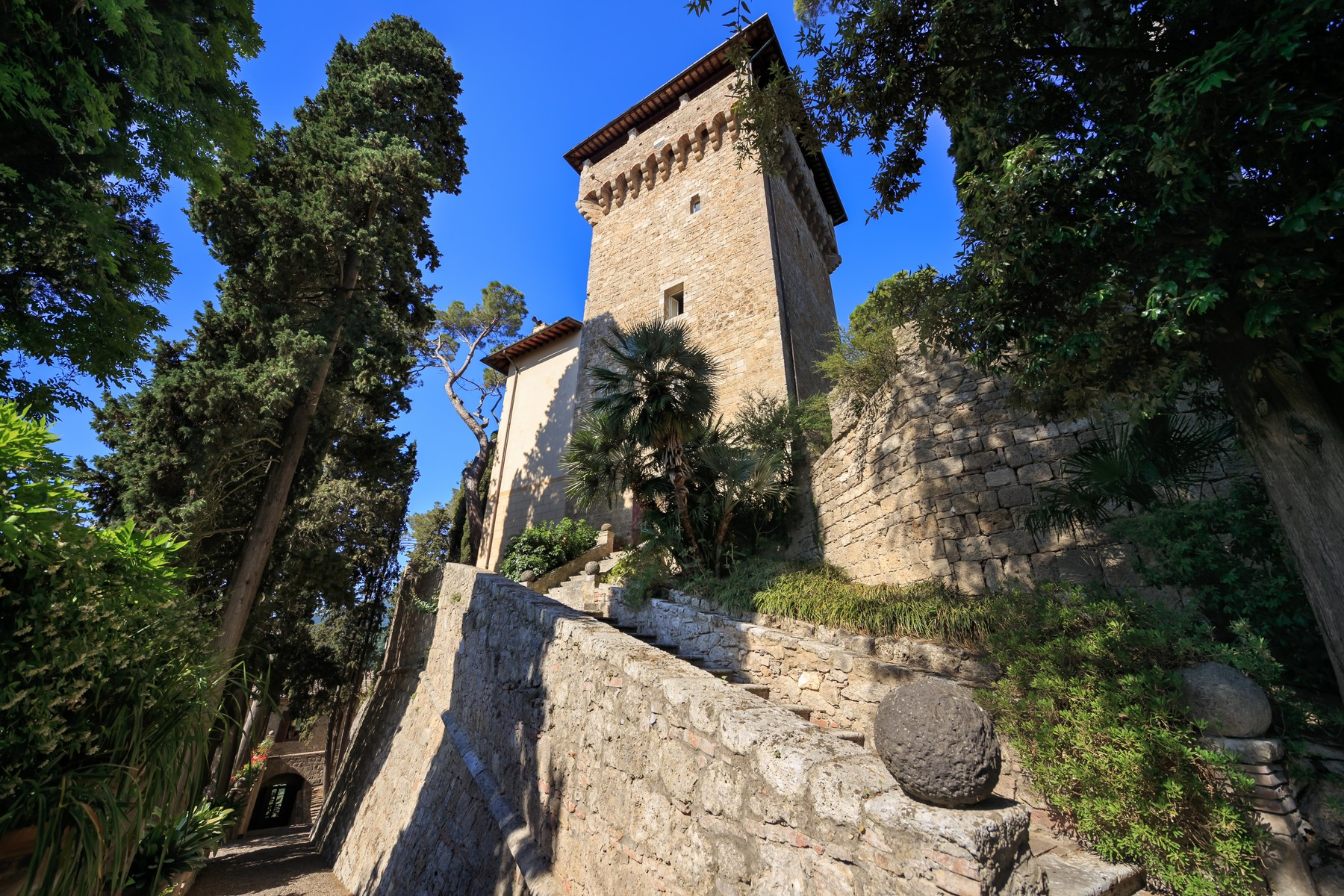 Villa in Vendita a Cetona: 5 locali, 1200 mq - Foto 3