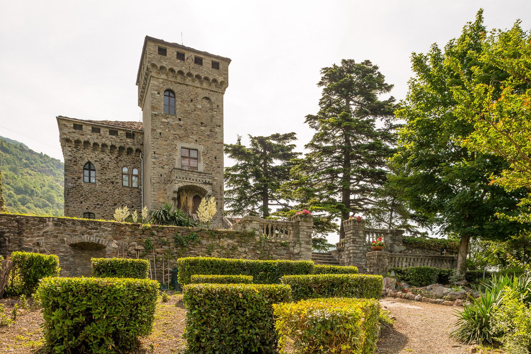Villa in Vendita a Settimo Vittone: 5 locali, 760 mq - Foto 1