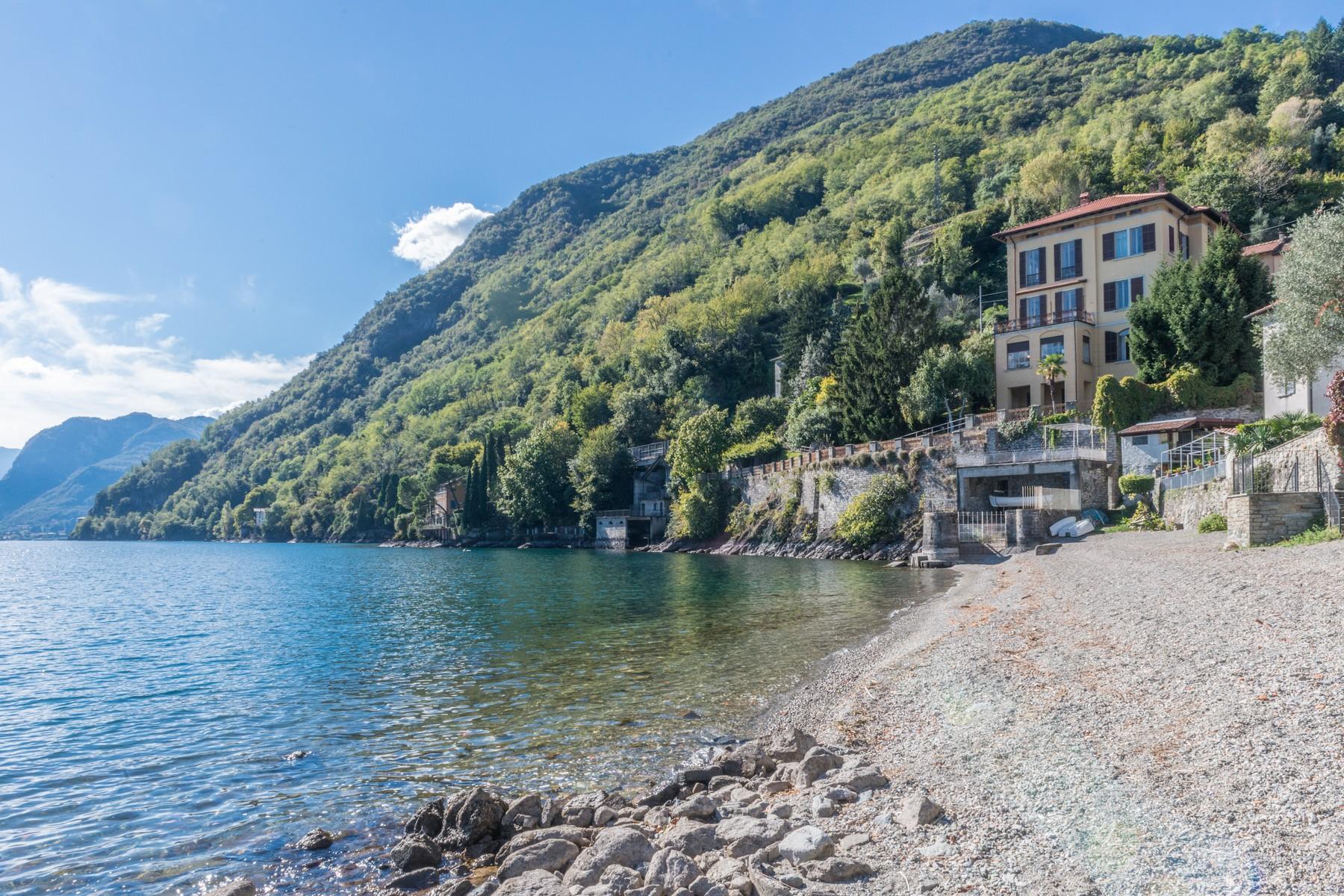 Villa in Vendita a San Siro: 5 locali, 600 mq - Foto 1