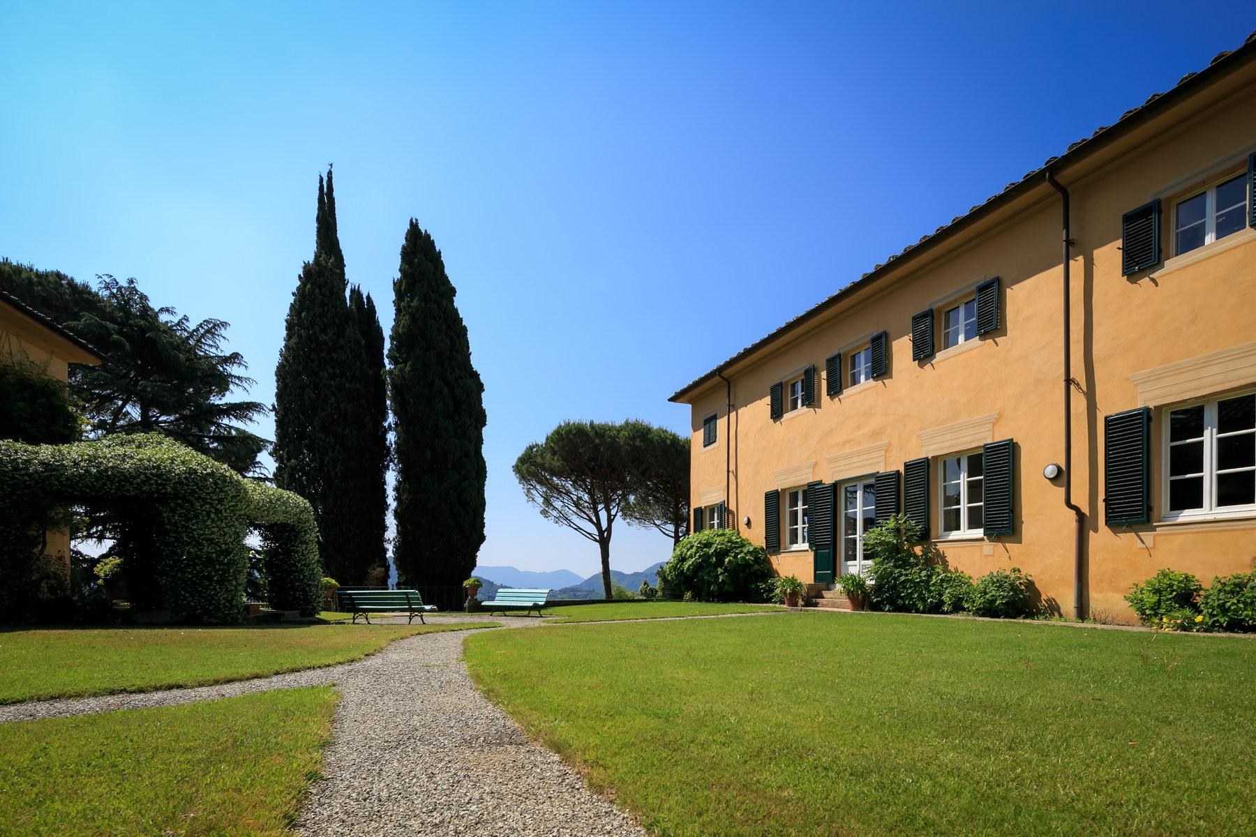 Villa in Vendita a Lucca: 5 locali, 1500 mq - Foto 3
