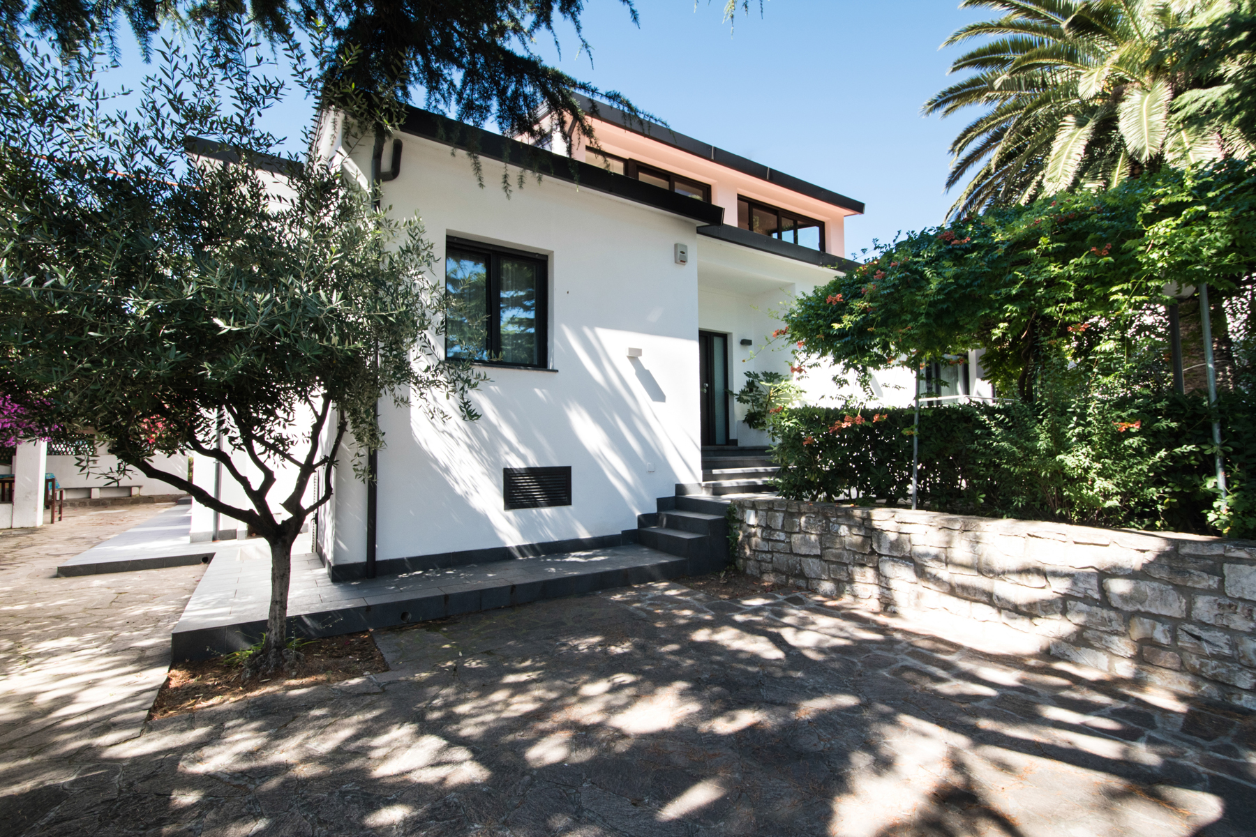 Villa in Vendita a Marciana Marina Centro: 5 locali, 450 mq