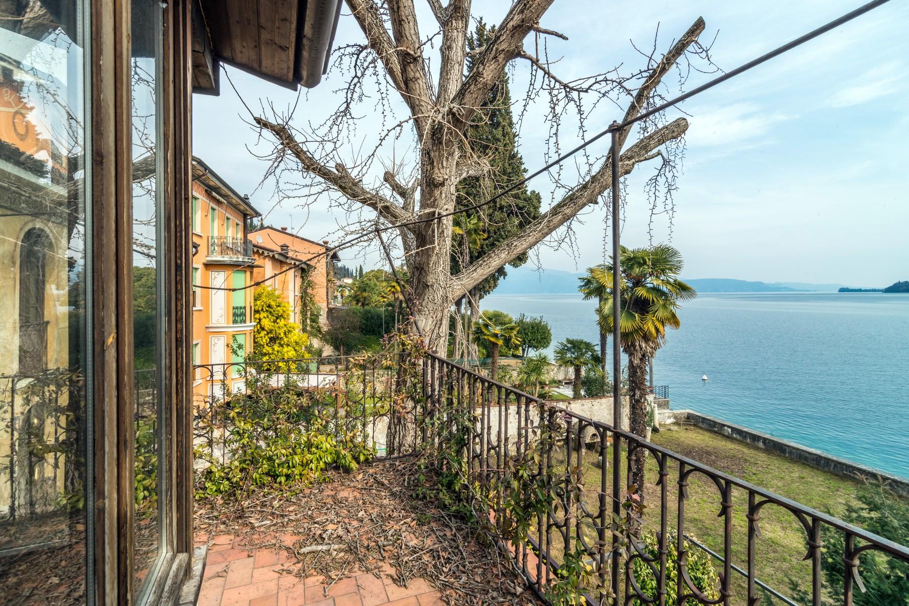 Villa in Vendita a Salo' via cure del lino