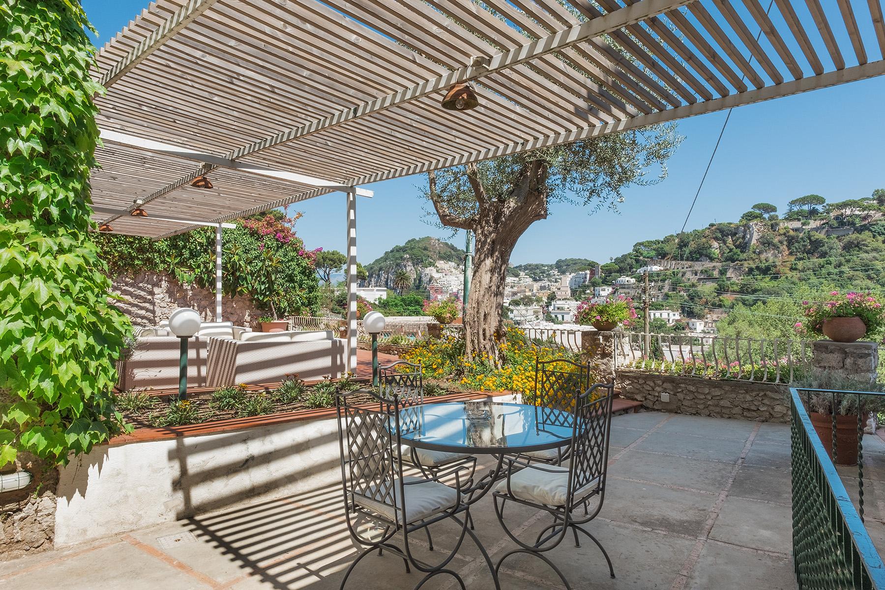 Villa in Vendita a Capri: 5 locali, 200 mq - Foto 2