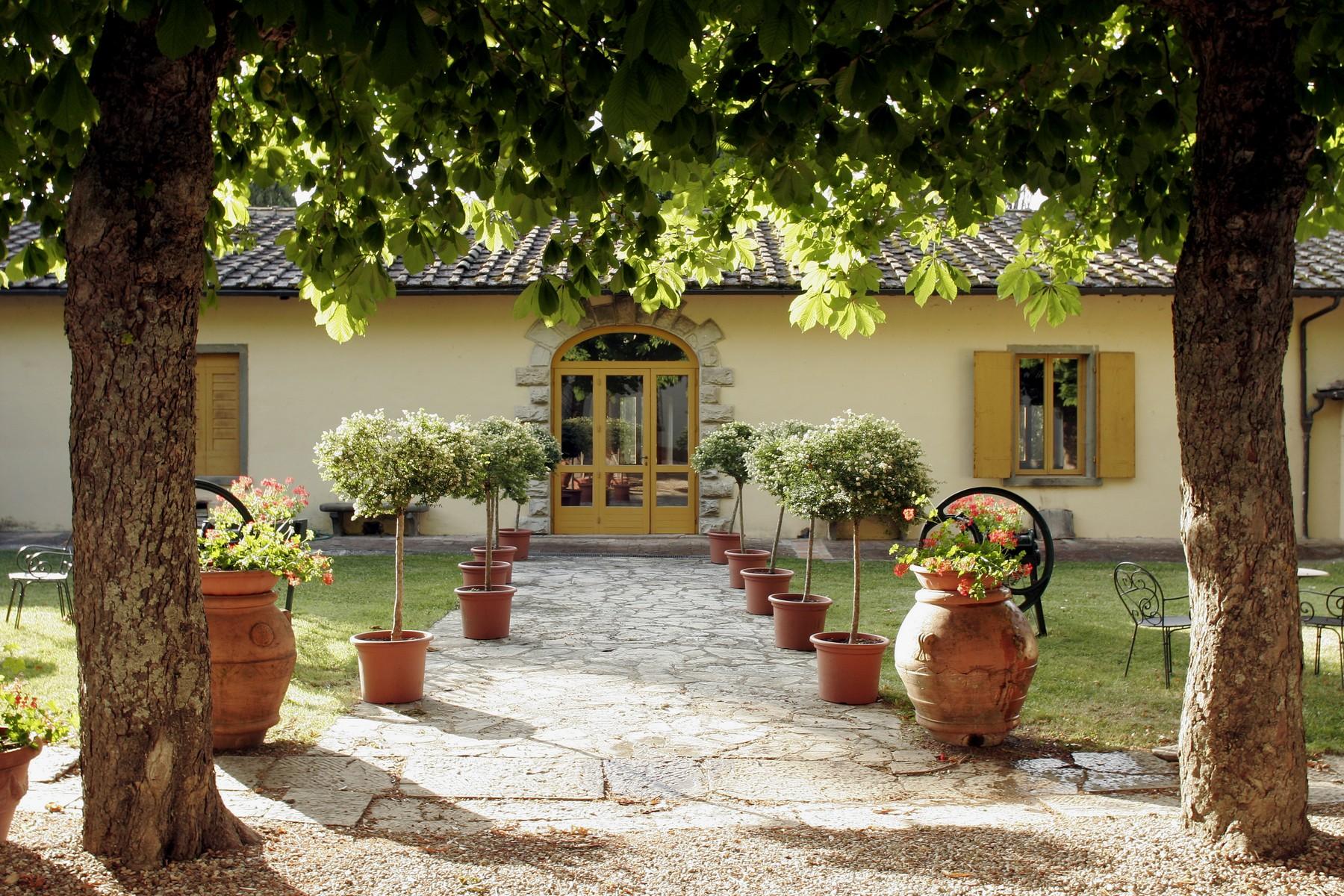 Villa in Vendita a Gaiole In Chianti: 5 locali, 4285 mq - Foto 2