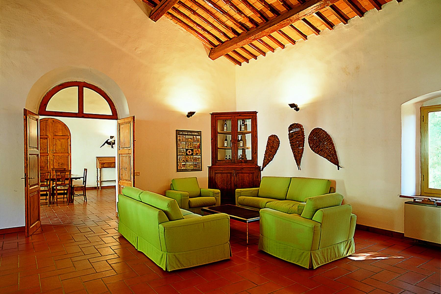 Villa in Vendita a Gaiole In Chianti: 5 locali, 4285 mq - Foto 8