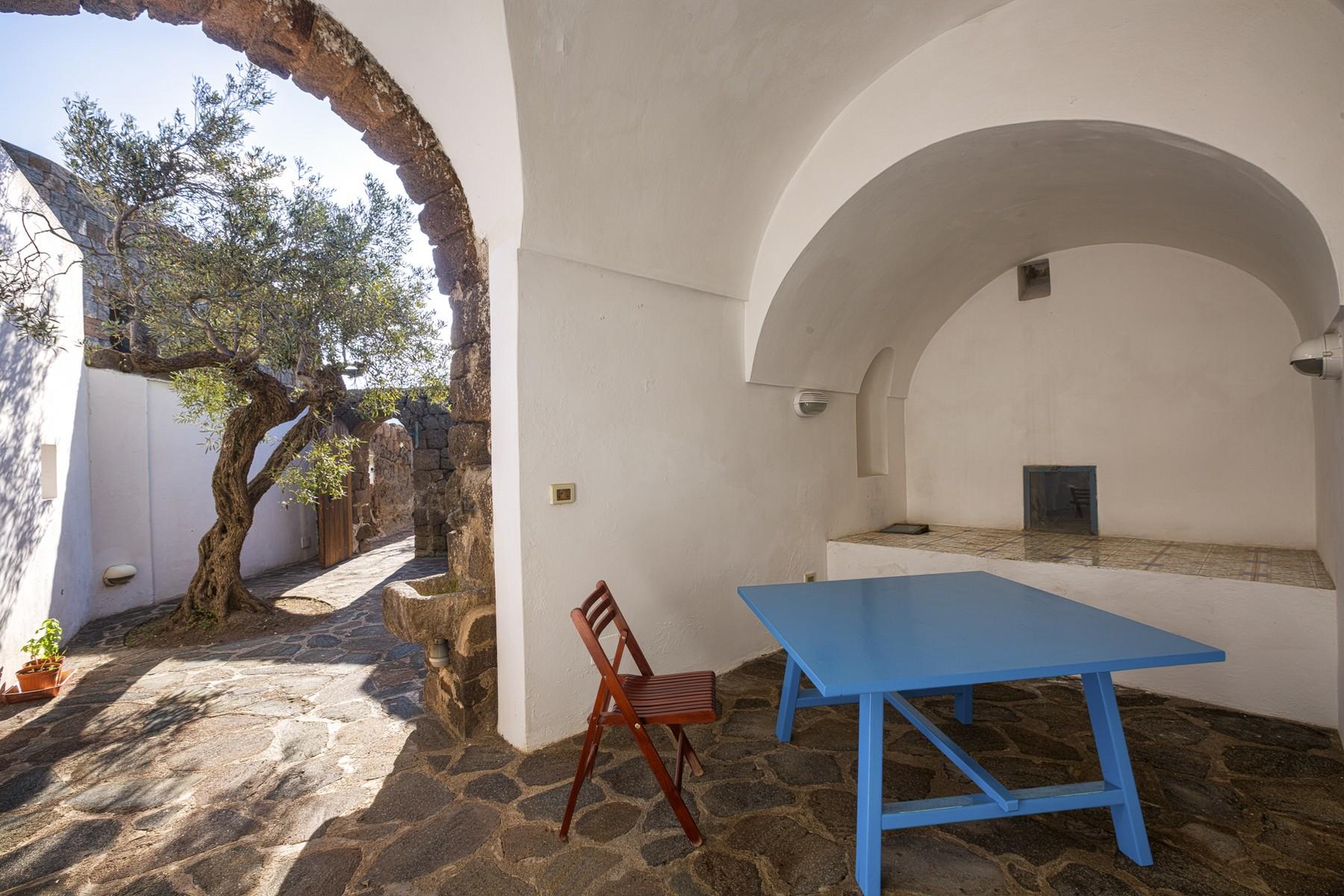 Villa in Vendita a Pantelleria: 5 locali, 530 mq - Foto 7