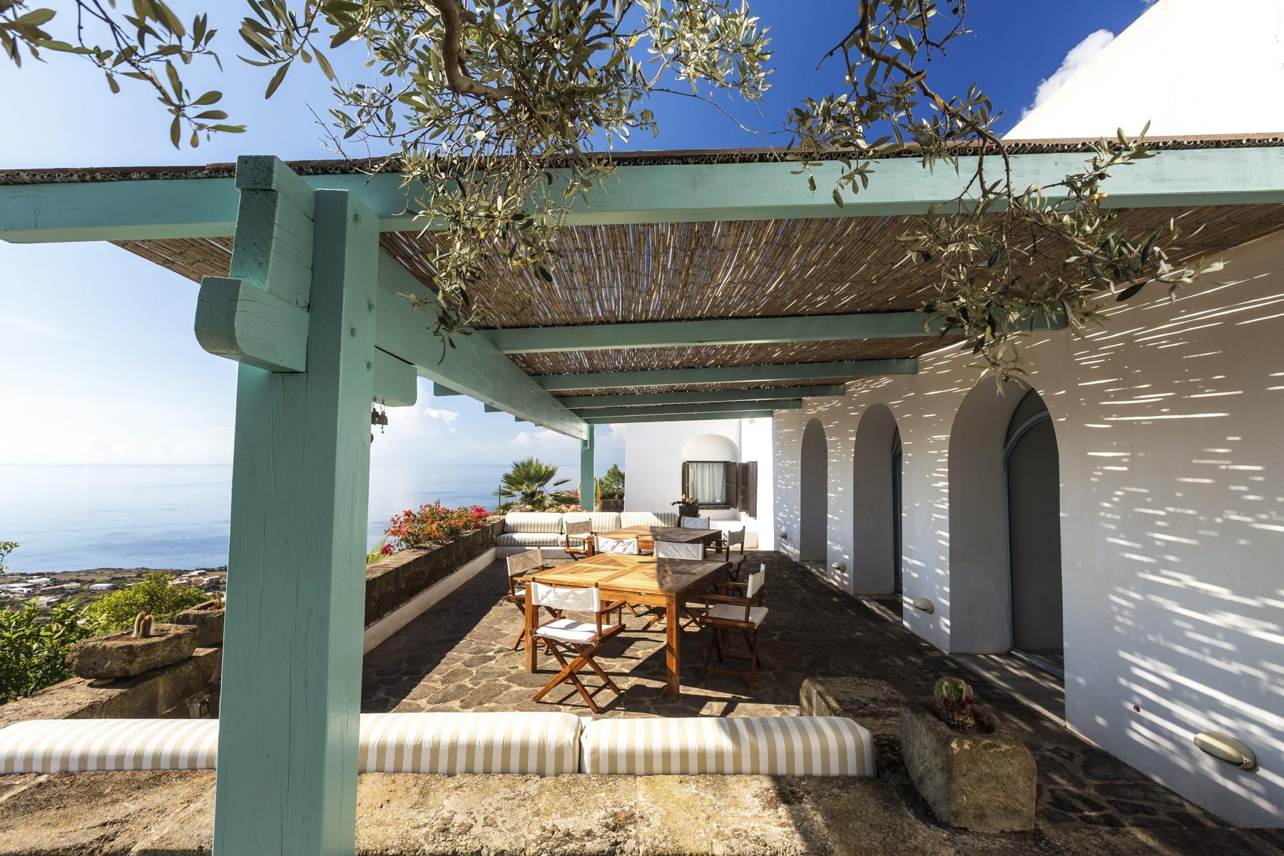 Villa in Vendita a Pantelleria: 5 locali, 530 mq - Foto 4
