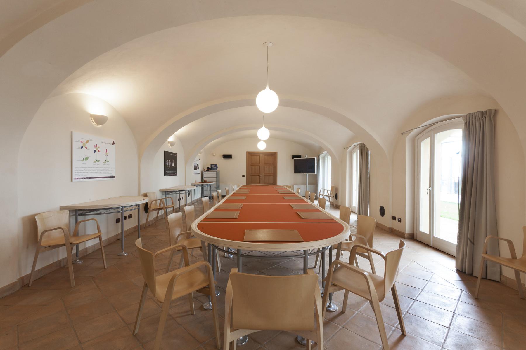 Villa in Vendita a Fubine: 5 locali, 2600 mq - Foto 9