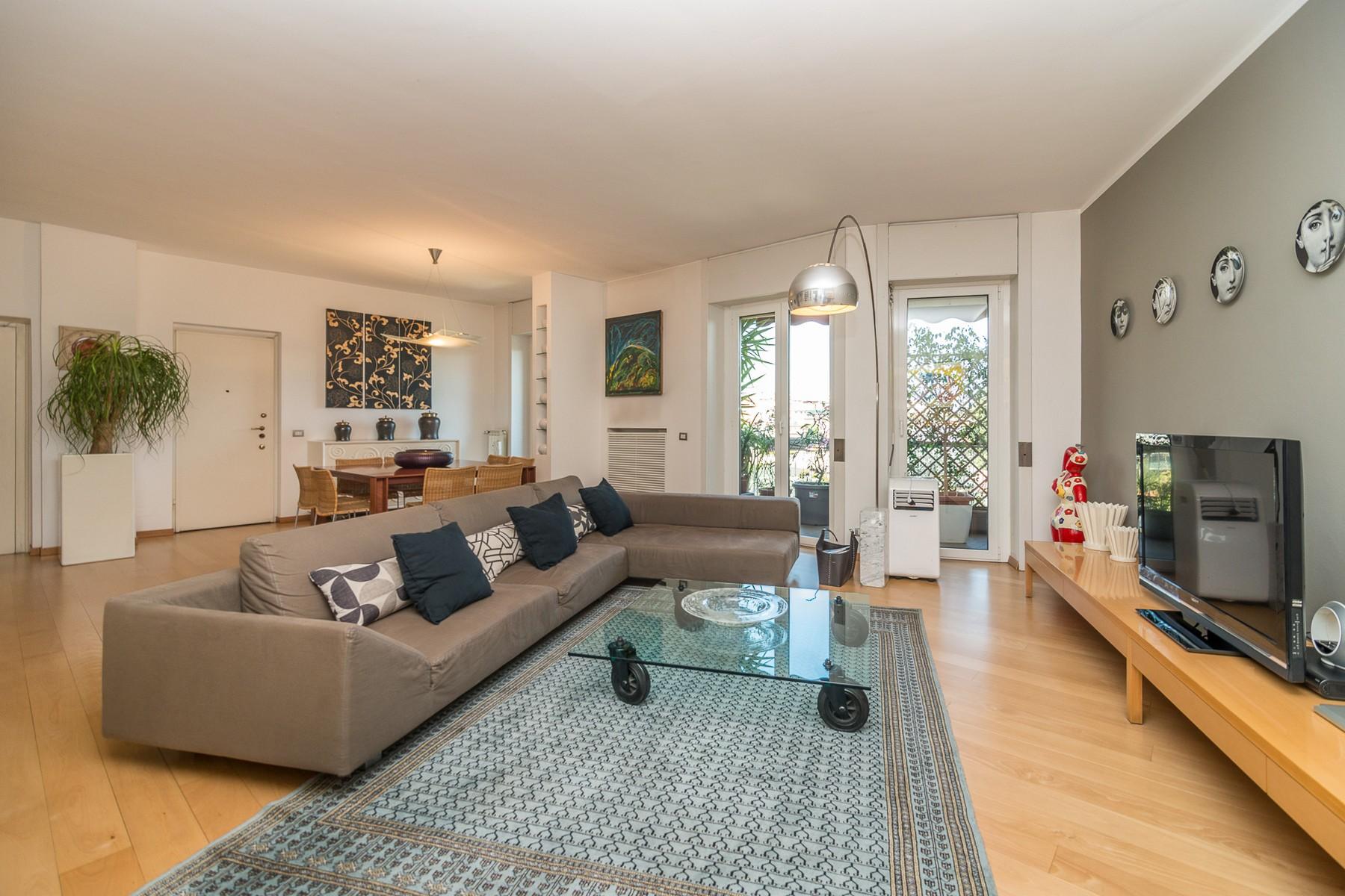 Appartamento in Vendita a Milano 29 Certosa / Bovisa / Dergano / Maciachini / Istria / Testi: 5 locali, 170 mq
