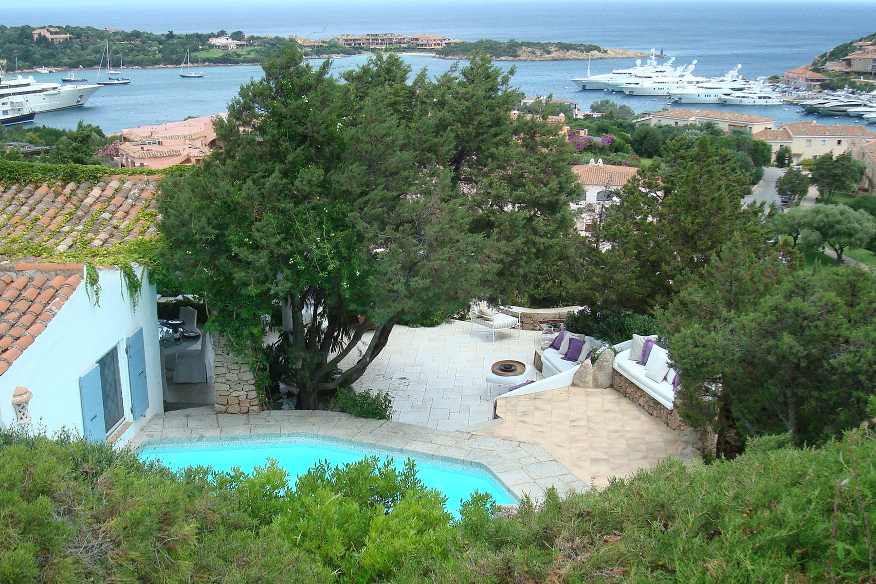 Villa in Vendita a Arzachena: 5 locali, 350 mq - Foto 2