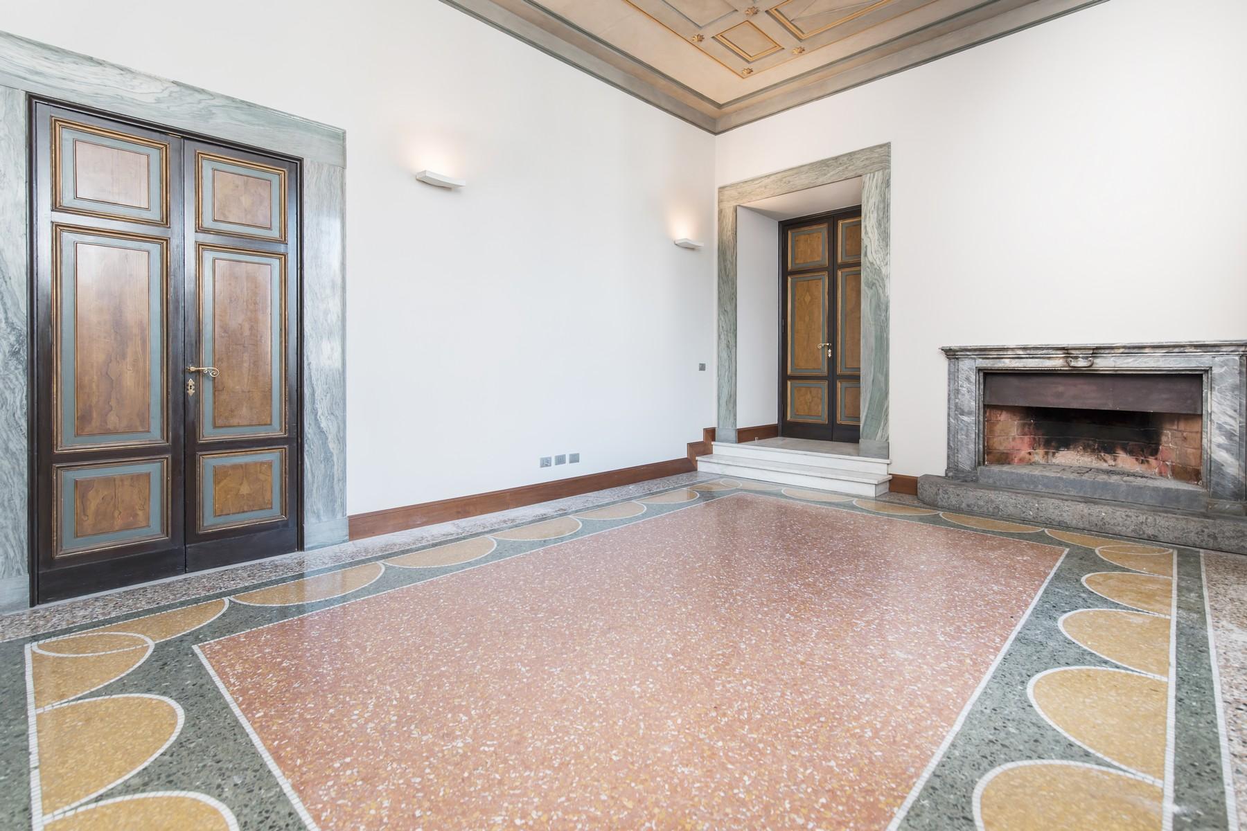 Appartamento in Vendita a Roma: 5 locali, 220 mq - Foto 2