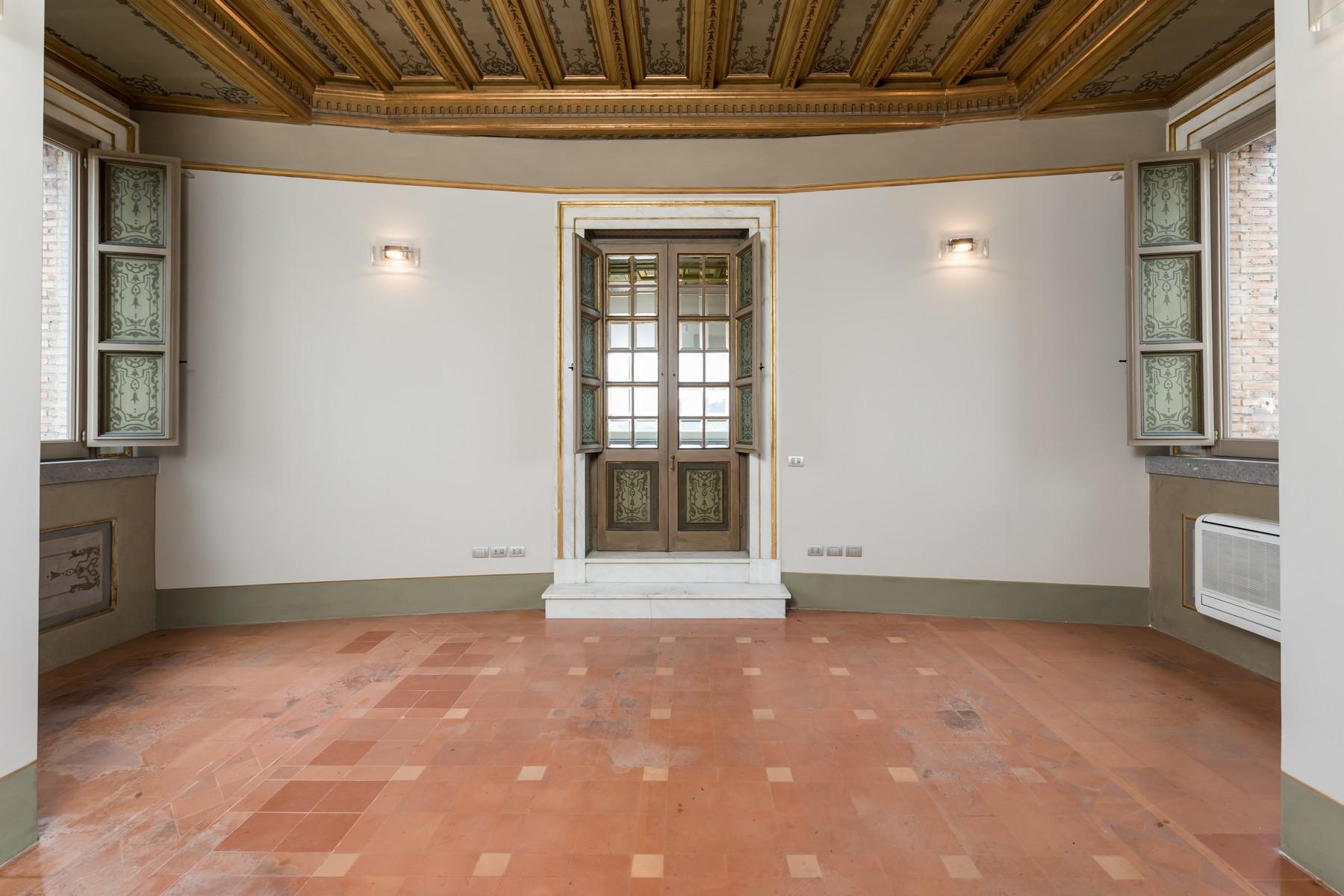 Appartamento in Vendita a Roma: 5 locali, 527 mq - Foto 12