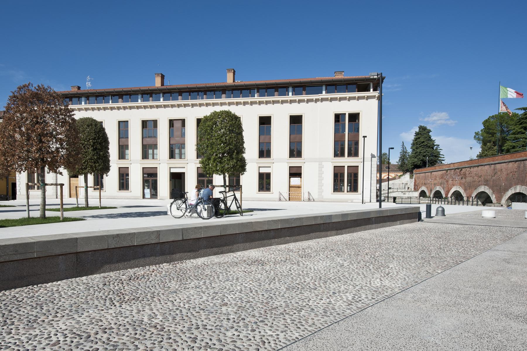 Attico in Vendita a Peschiera Del Garda: 5 locali, 165 mq - Foto 6