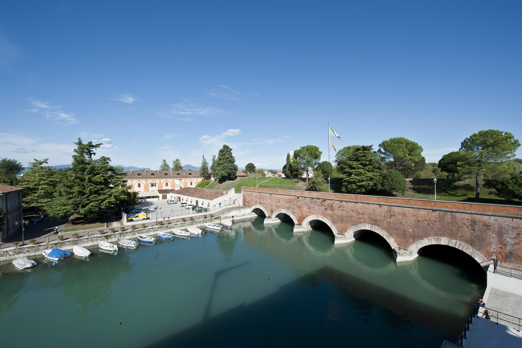 Attico in Vendita a Peschiera Del Garda: 5 locali, 165 mq - Foto 2