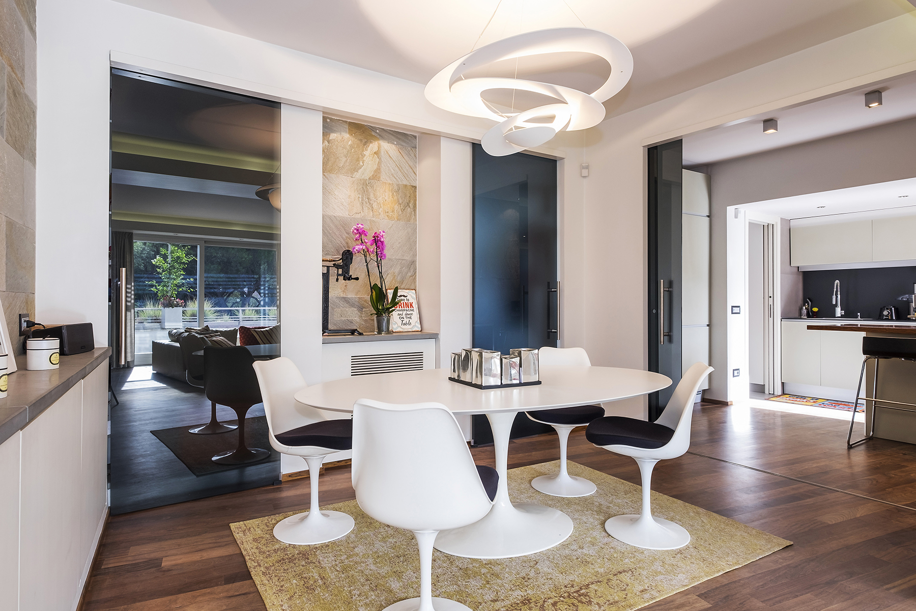 Attico di lusso in affitto a roma via di novella for Affitto studio eur