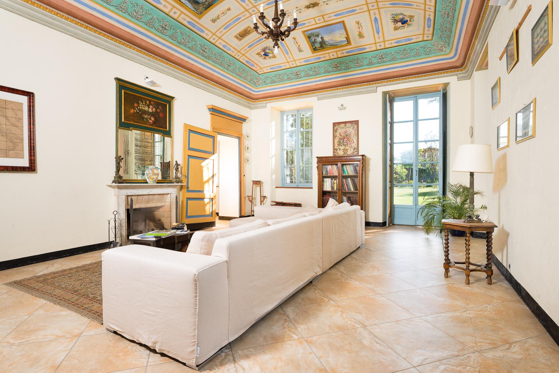 Villa in Vendita a Favria: 5 locali, 642 mq - Foto 3