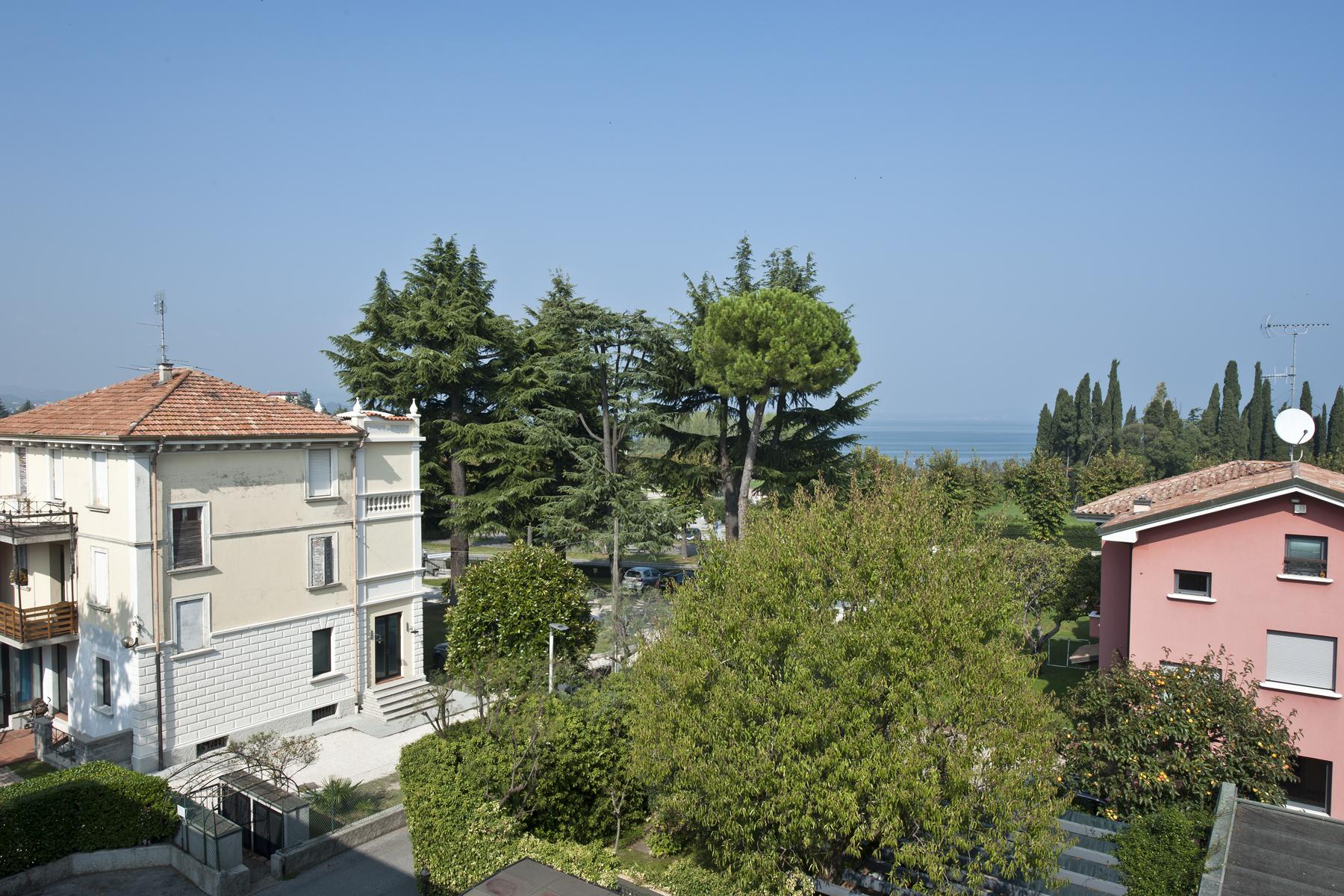 Attico in Vendita a Desenzano Del Garda: 5 locali, 122 mq - Foto 3