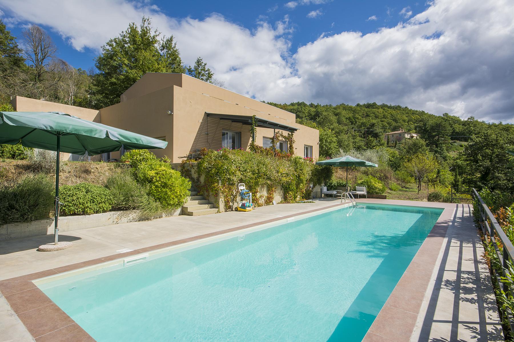Casa indipendente in Vendita a Lisciano Niccone: 5 locali, 414 mq
