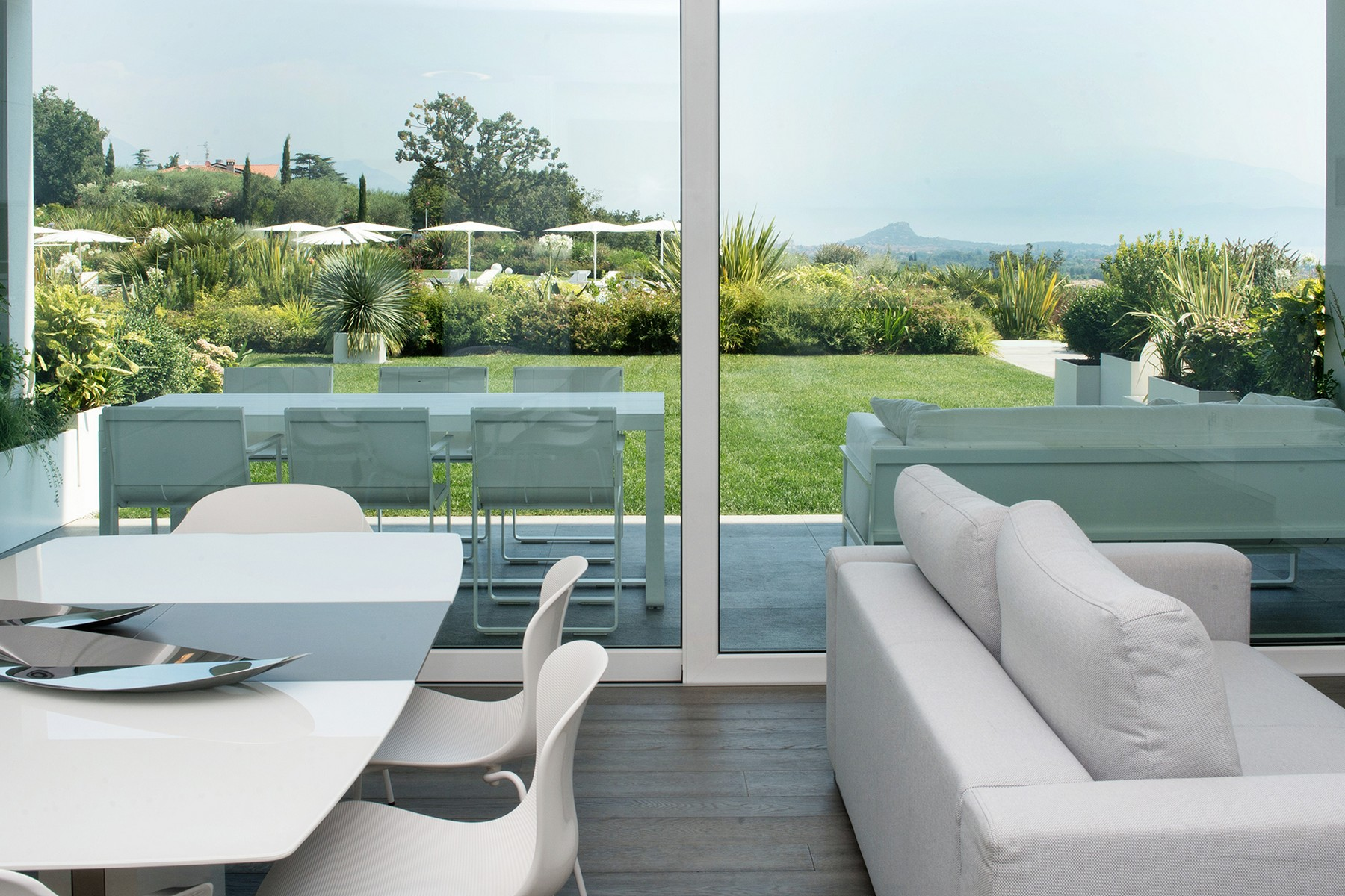 Appartamento in Vendita a Padenghe Sul Garda: 4 locali, 100 mq