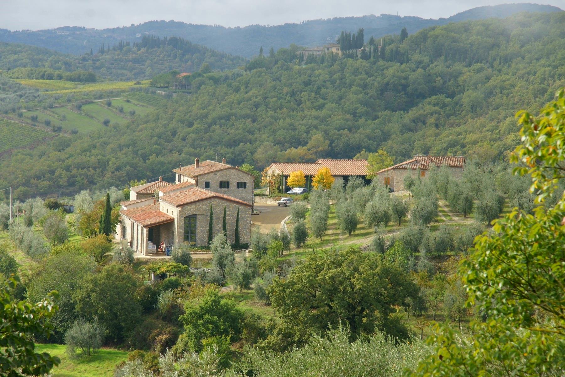 Rustico in Vendita a Radda In Chianti: 5 locali, 1380 mq - Foto 2