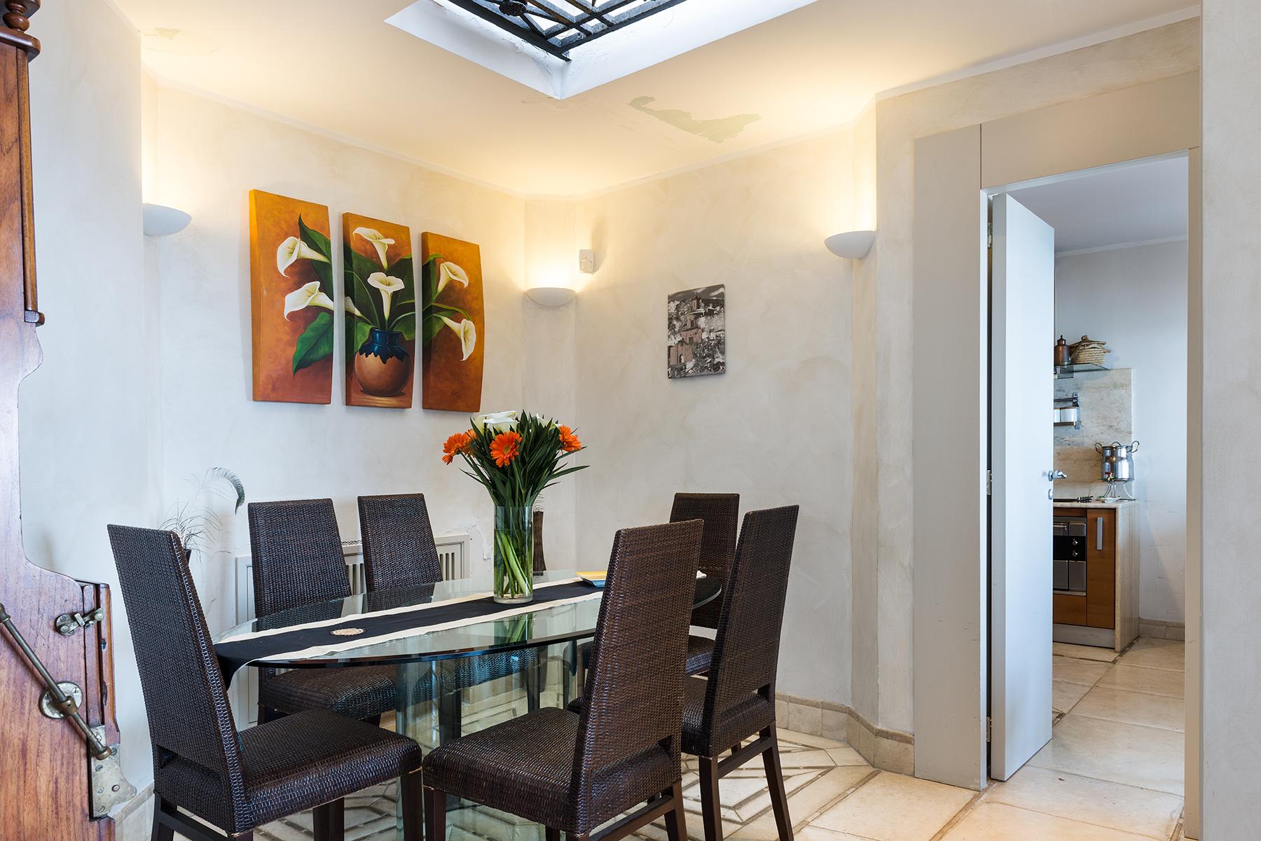 Villa in Vendita a Napoli: 5 locali, 220 mq - Foto 1
