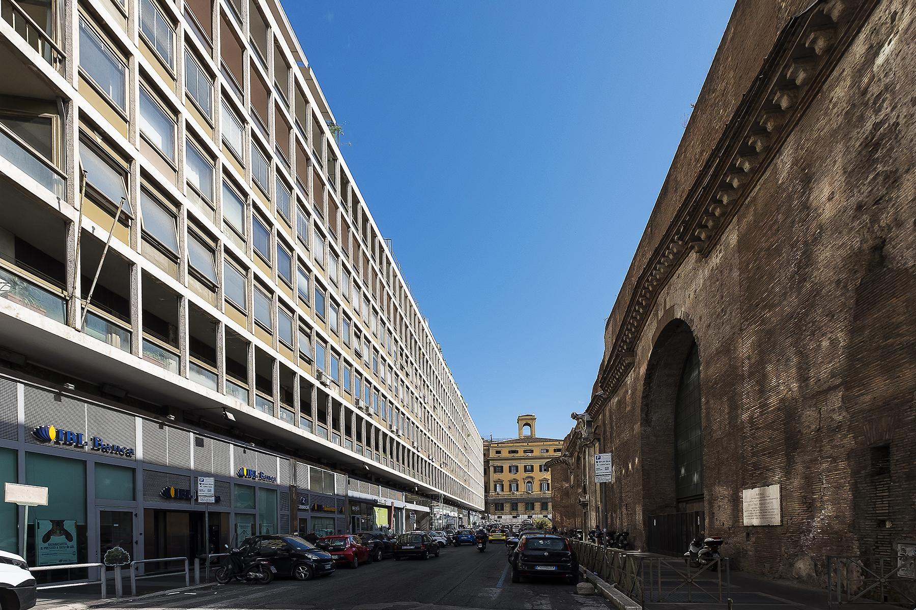 Ufficio-studio in Affitto a Roma via parigi