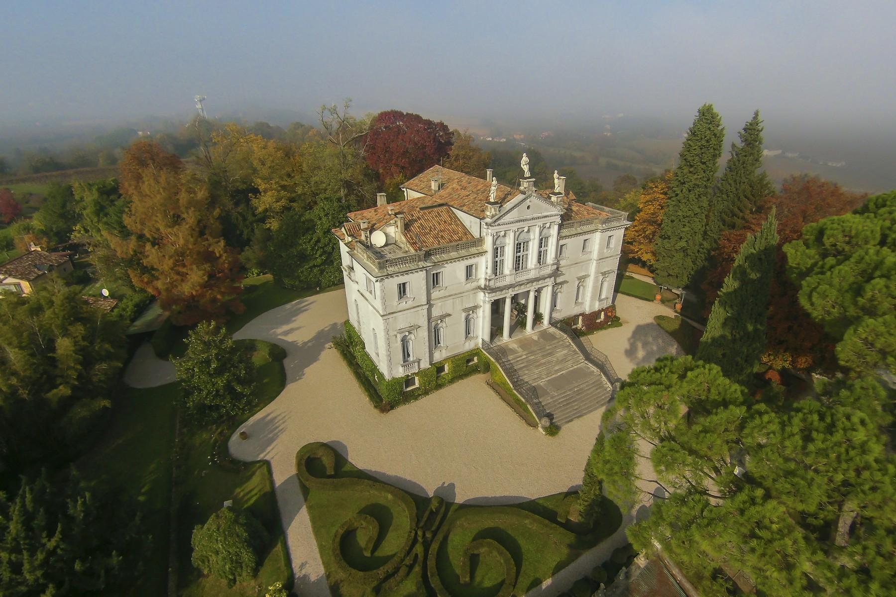 Villa in Vendita a Conegliano: 5 locali, 1500 mq - Foto 4